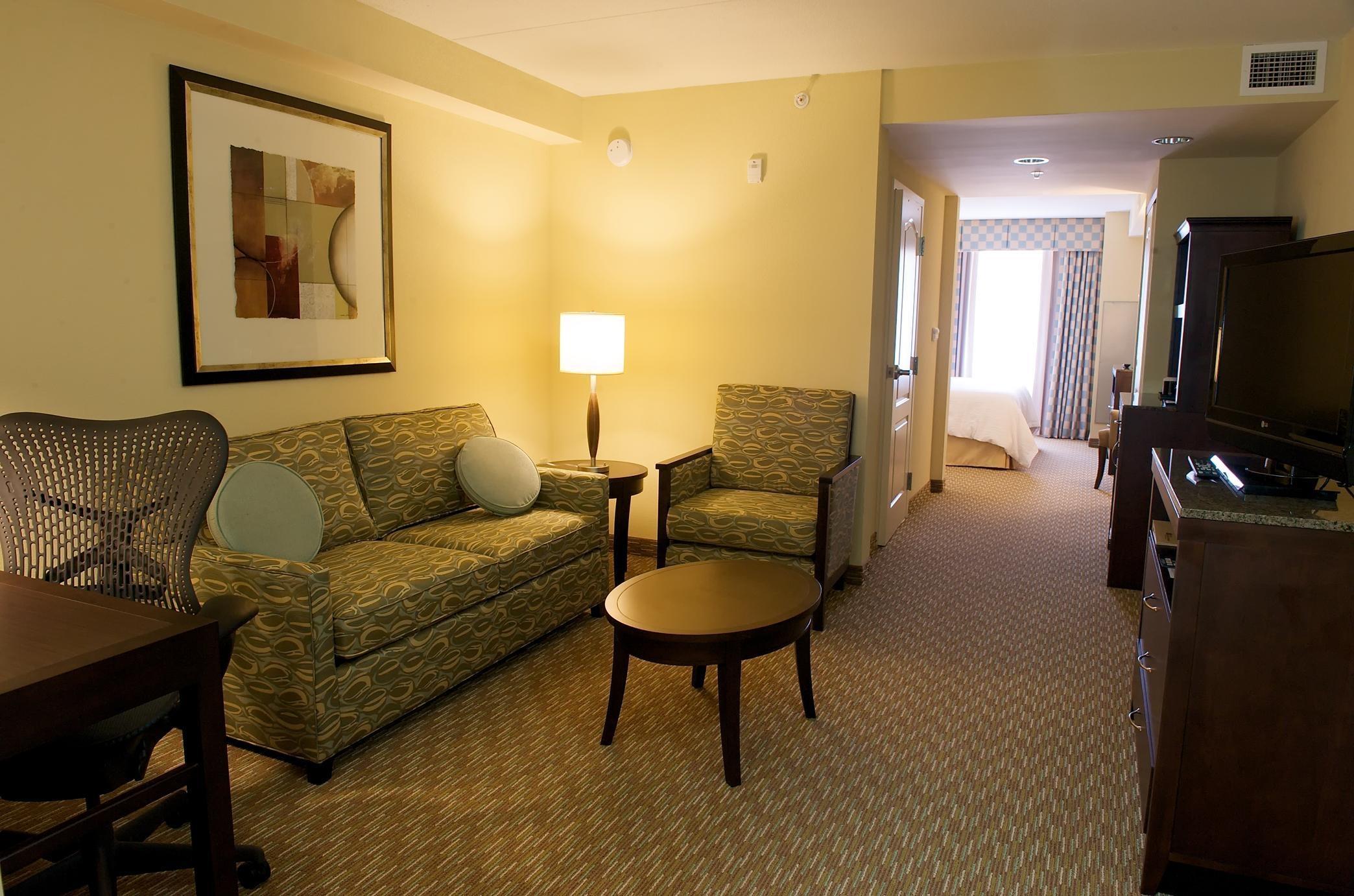 Hilton Garden Inn Gainesville image 16