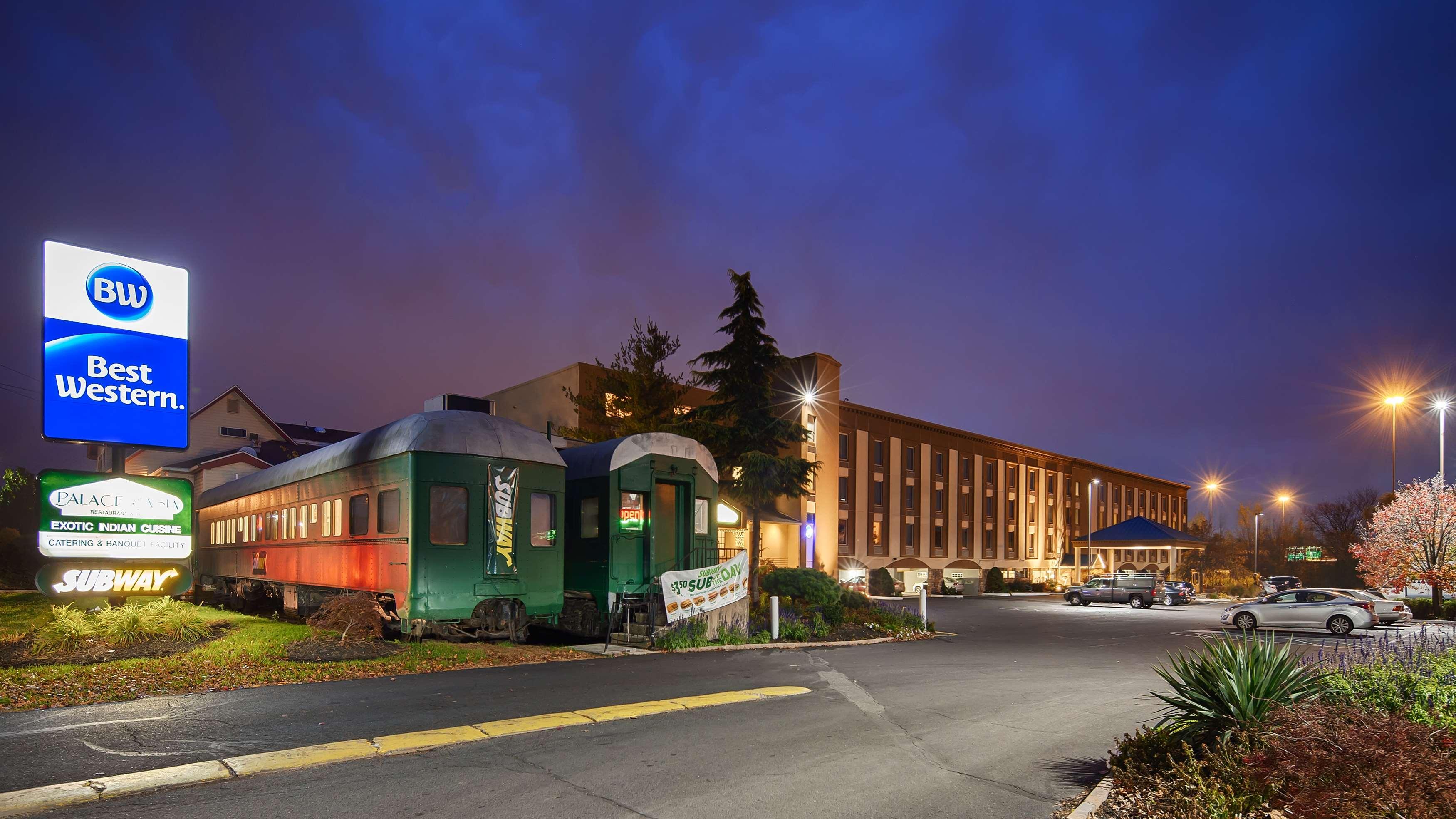 Best Western Fort Washington Inn image 0