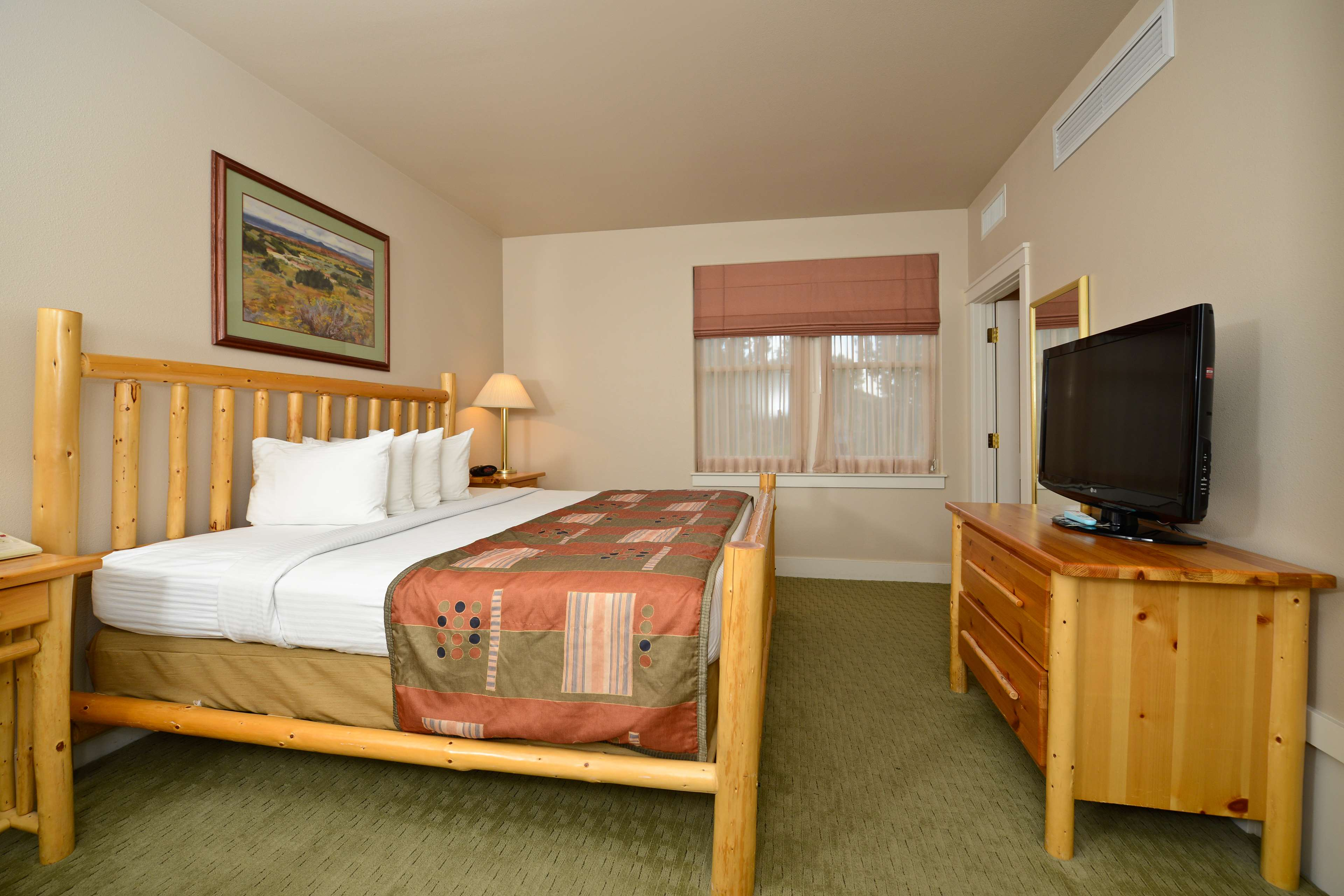 Best Western Plus Plaza Hotel image 30