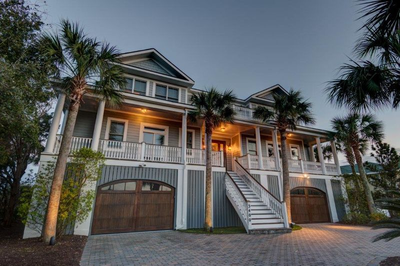 Isle of Palms Vacation Rentals by Exclusive Properties image 17