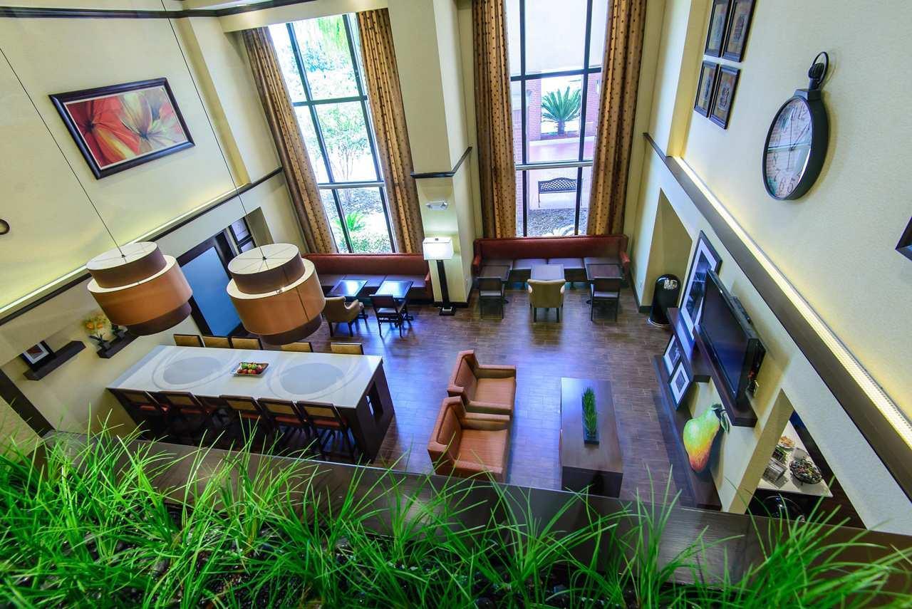 Hampton Inn Houston-Pearland image 5