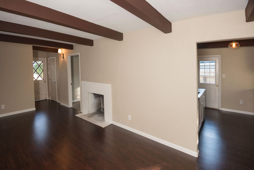 Hodges Real Estate Group image 2
