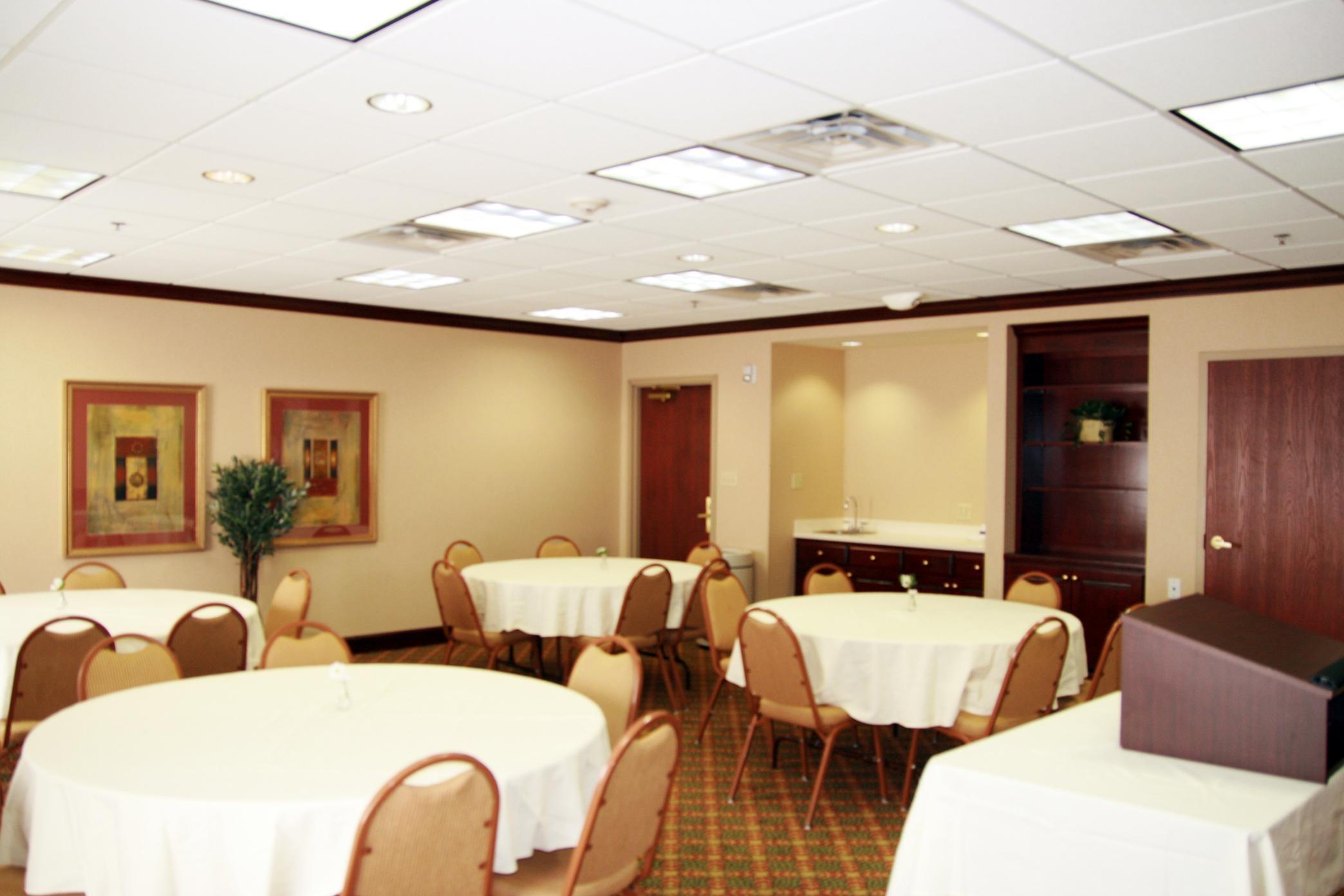 Hampton Inn & Suites Lafayette image 18