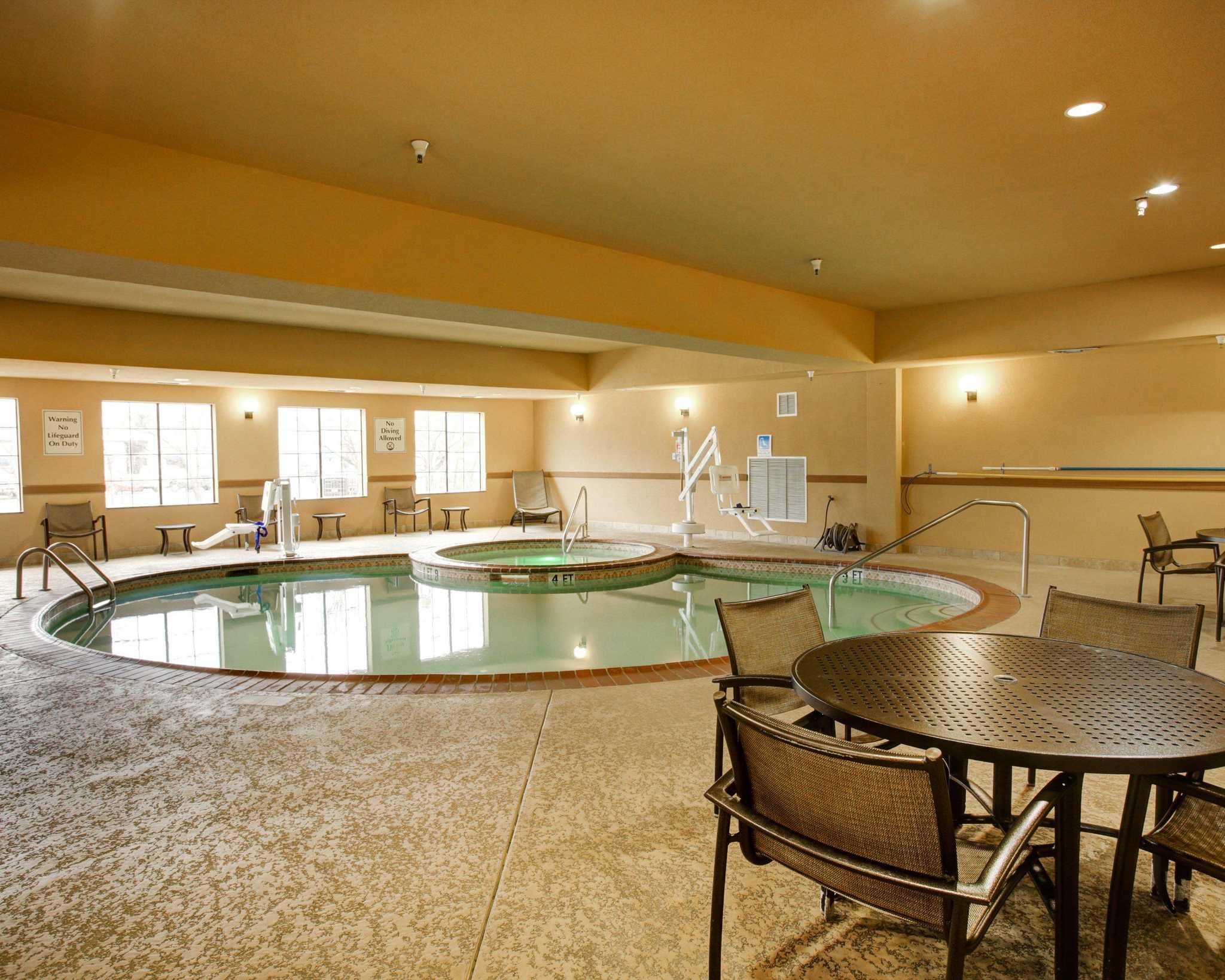 Comfort Suites Buda - Austin South image 14
