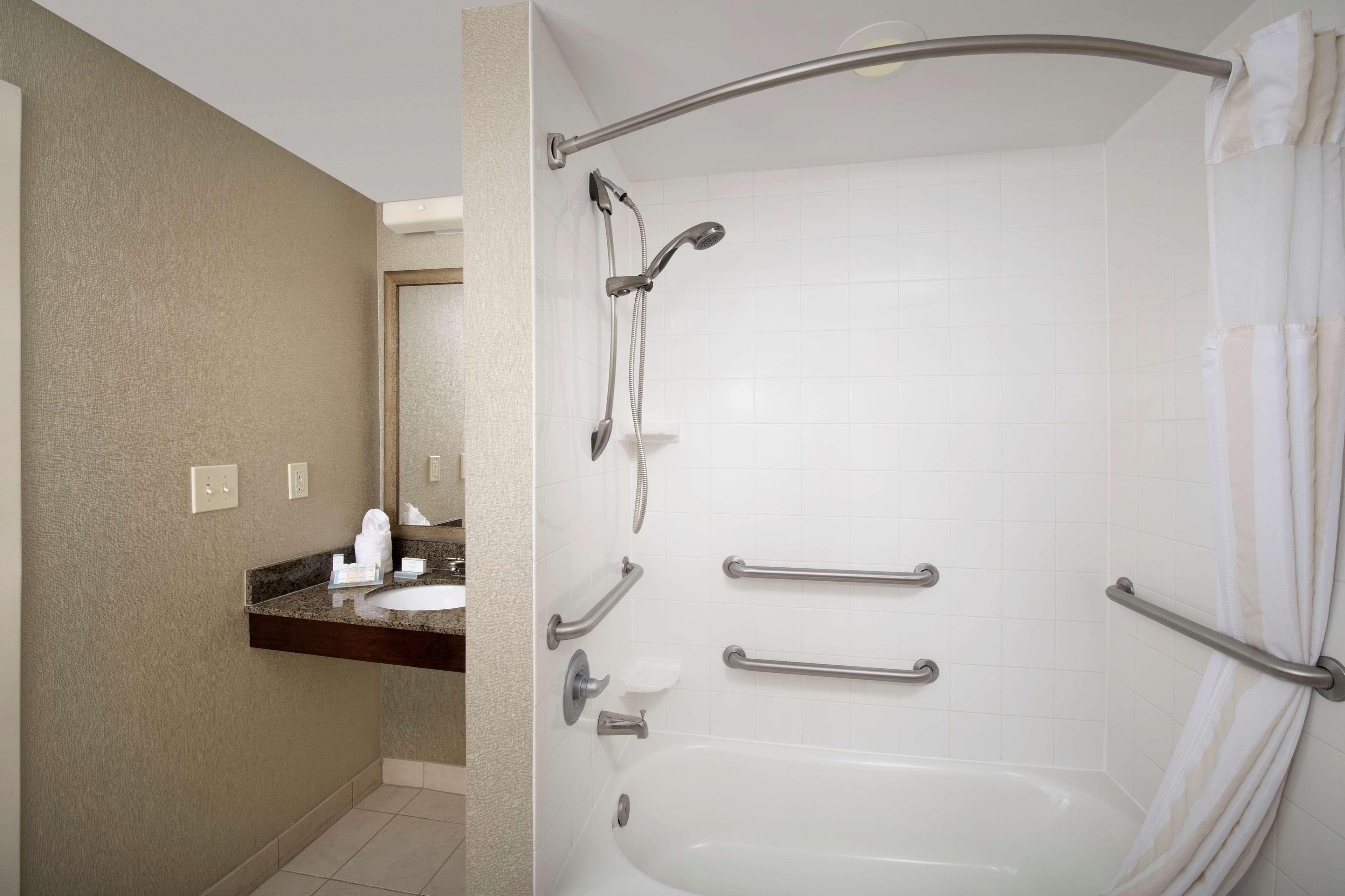 Hilton Garden Inn Winston-Salem/Hanes Mall image 19