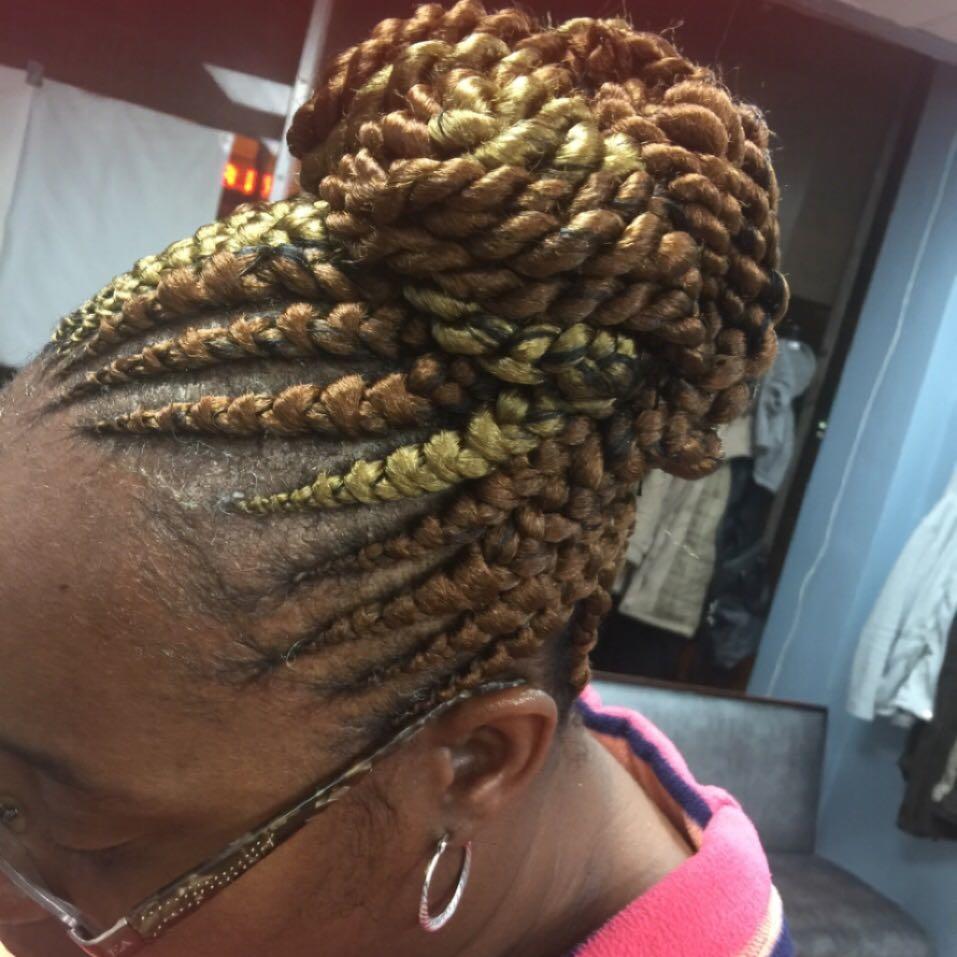 Aisha Hair Braiding image 19