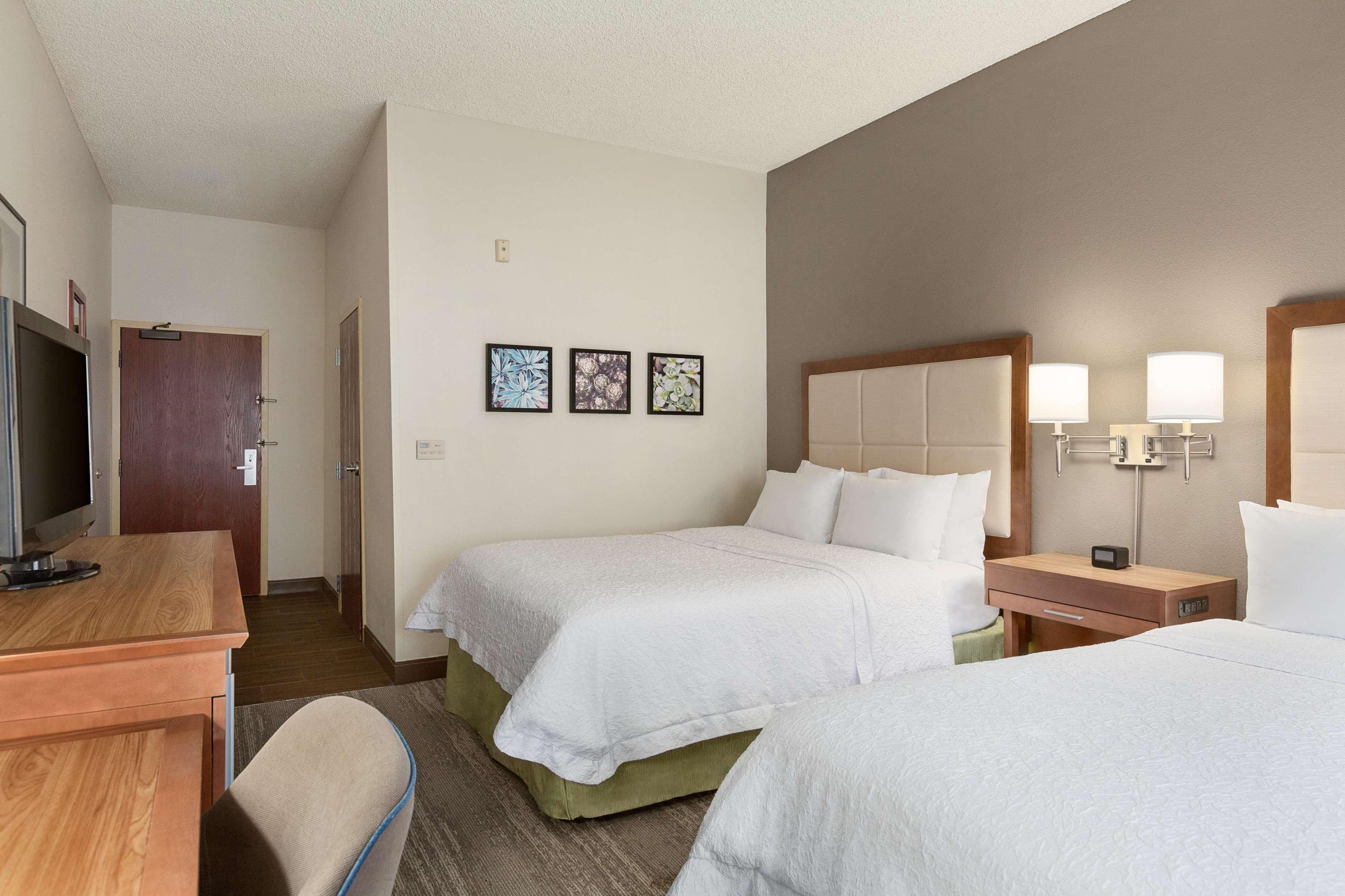 Hampton Inn Phoenix-Midtown-Downtown Area image 28