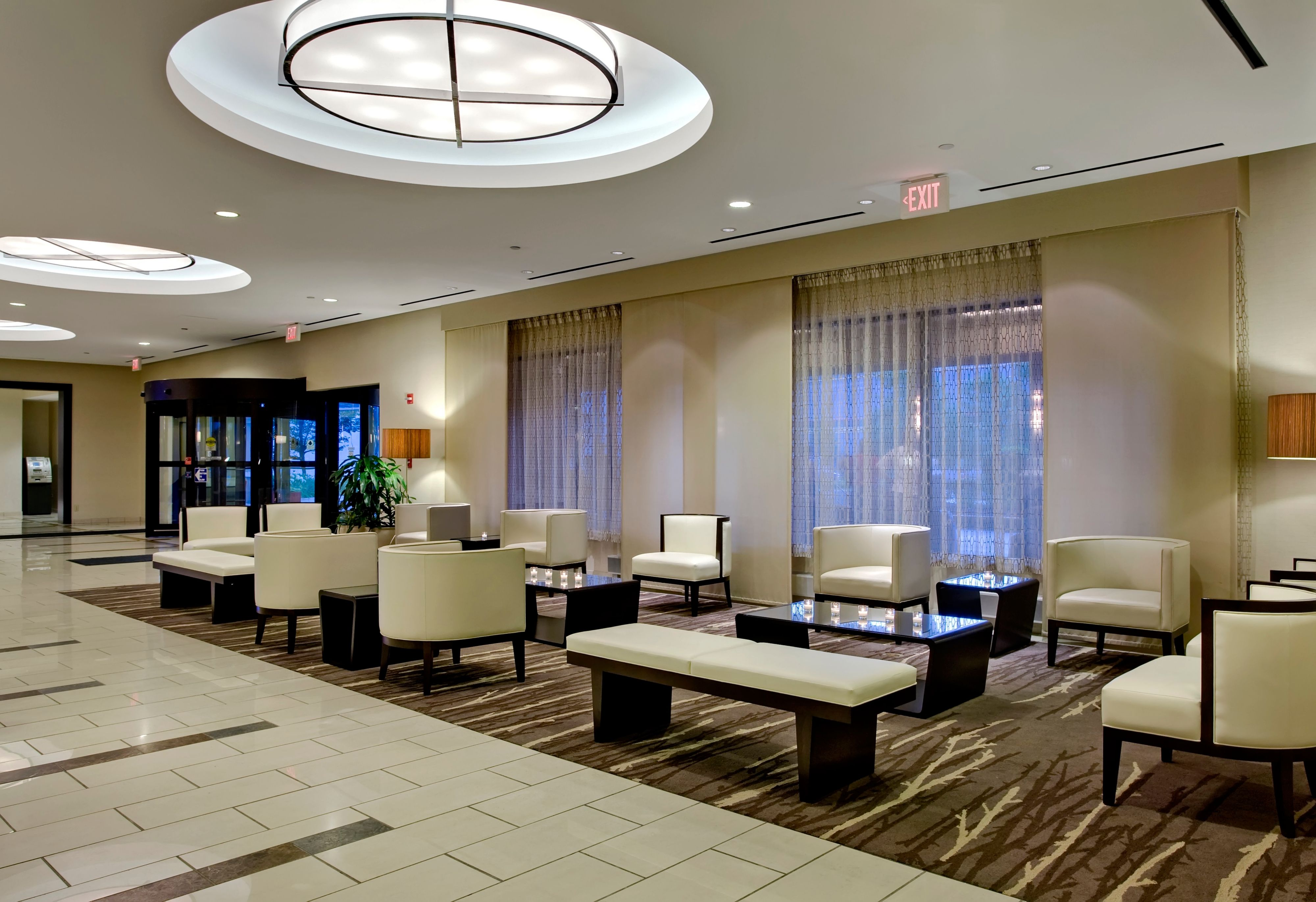 Crowne Plaza Chicago Ohare Hotel & Conf Ctr image 7