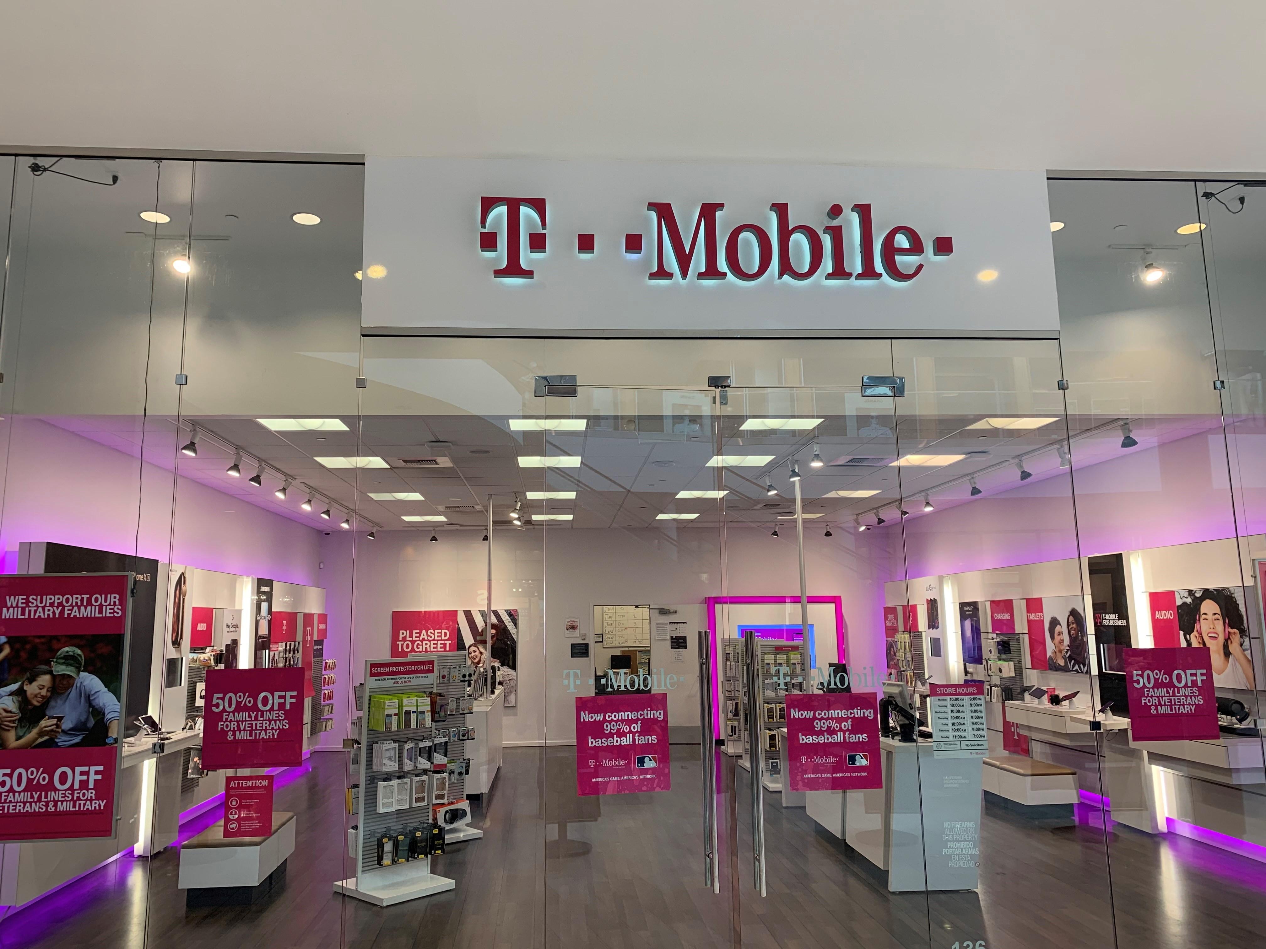 T Mobile 1151 Galleria Blvd 136 Roseville Ca Cell Phones Mapquest