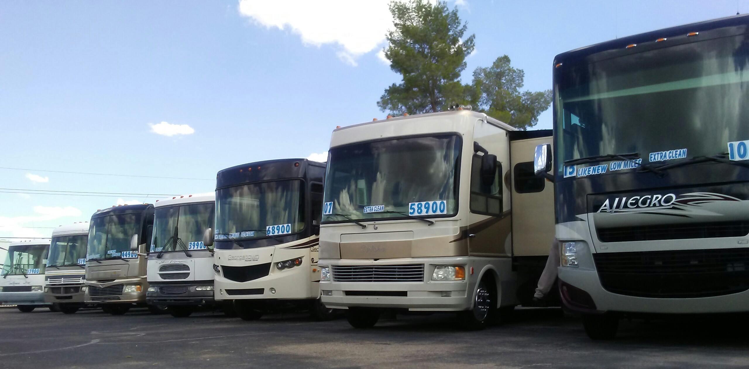 Tucson Park & Sell RV image 2