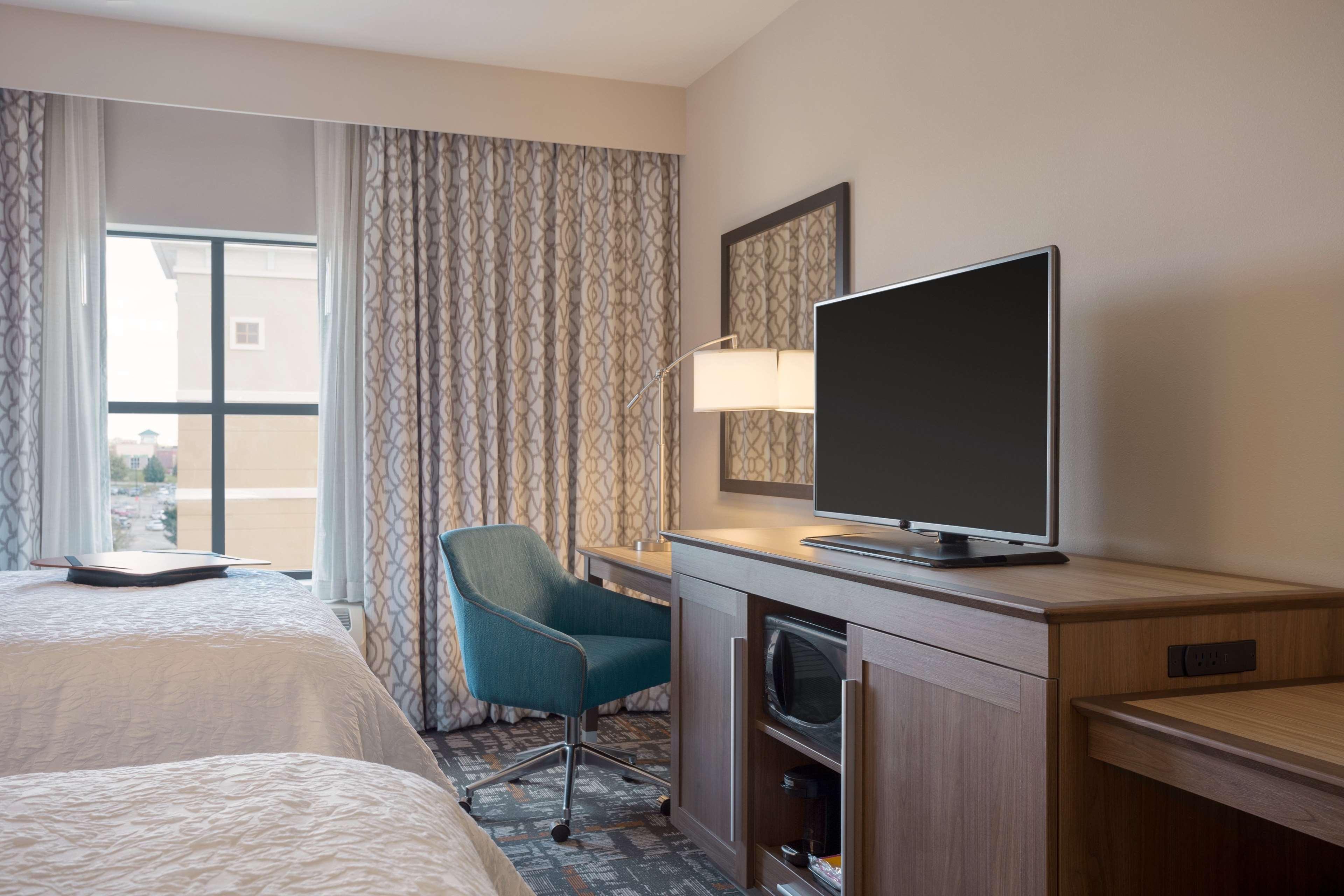 Hampton Inn & Suites West Des Moines/SW Mall Area image 22