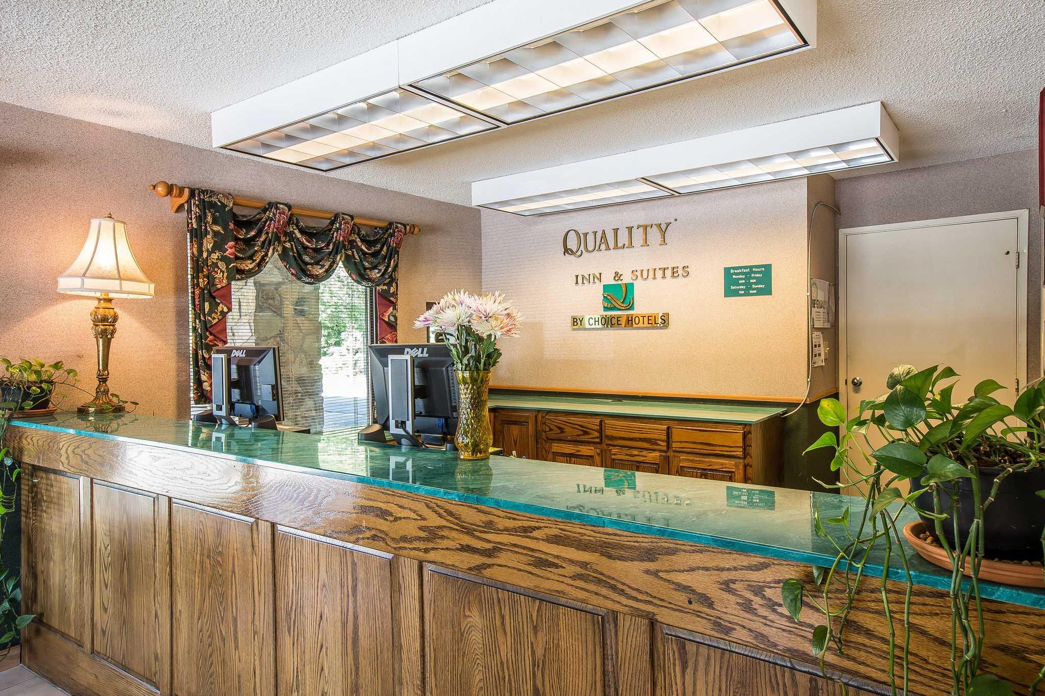 Quality Inn & Suites Mt. Chalet image 12