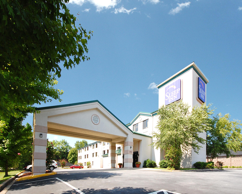 sleep inn at td convention center in greenville sc 417. Black Bedroom Furniture Sets. Home Design Ideas