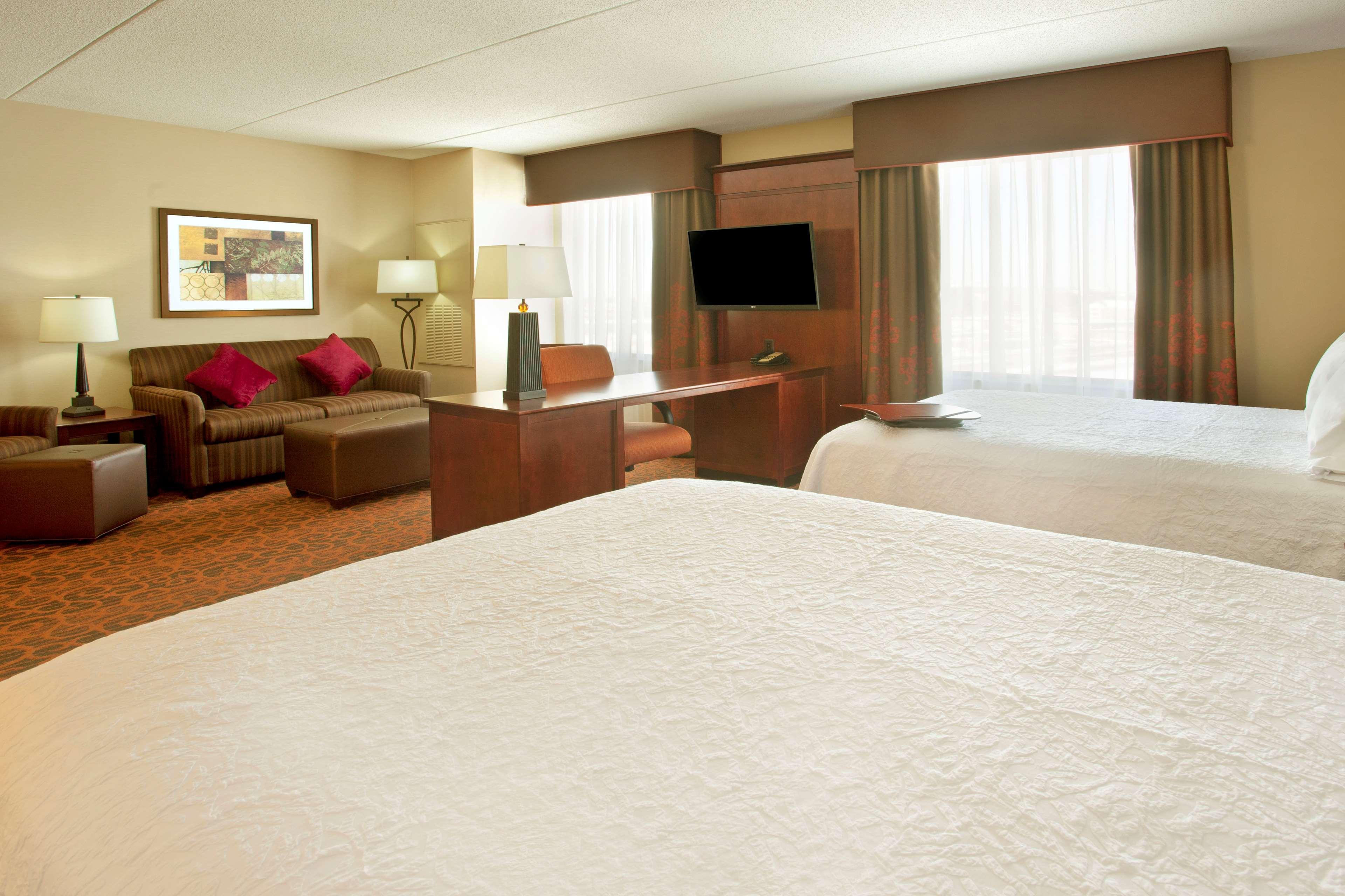Hampton Inn Suites Minneapolis St Paul Arpt-Mall of America image 22