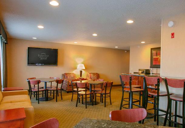 Fairfield Inn & Suites by Marriott Detroit Livonia image 5