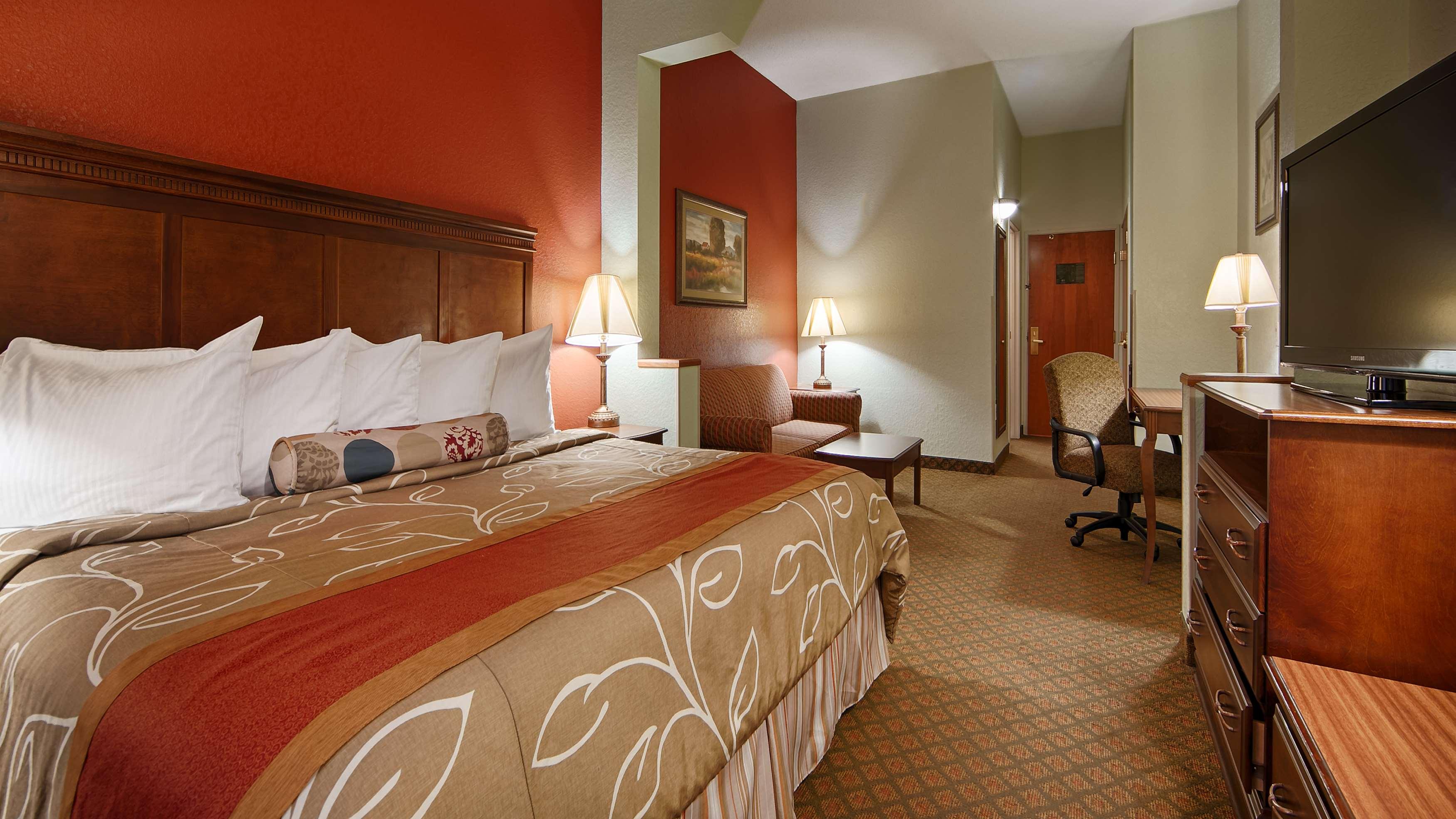 Best Western Plus Bradbury Inn & Suites image 14