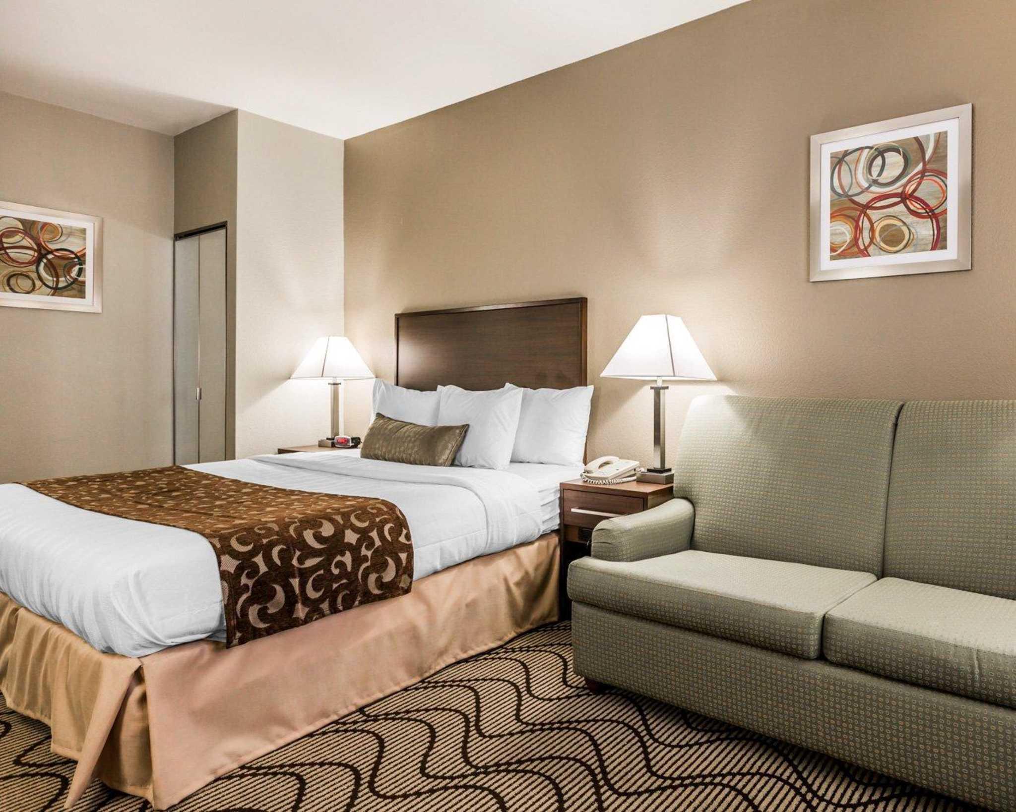 Comfort Inn & Suites Orange County John Wayne Airport image 15