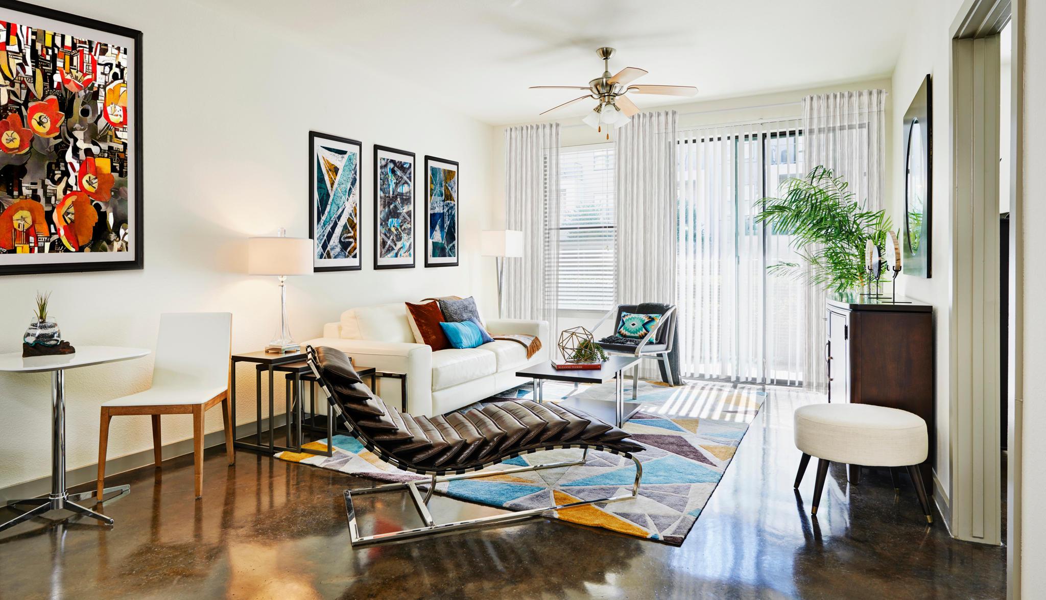 Camden Design District Apartments image 2