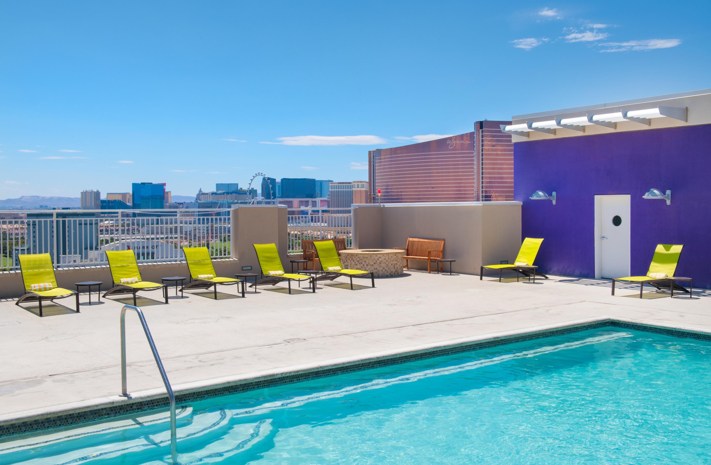 SpringHill Suites by Marriott Las Vegas Convention Center image 8
