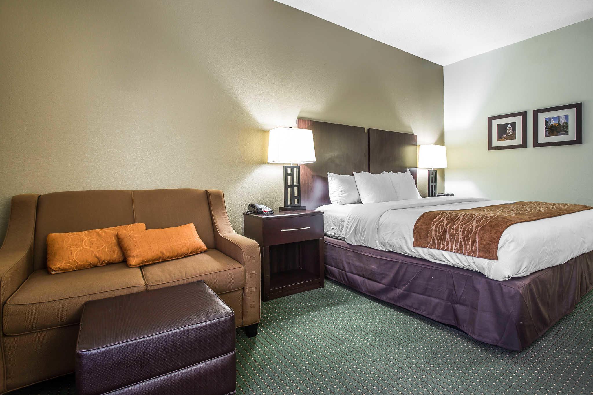 Comfort Inn & Suites Lake Norman image 8