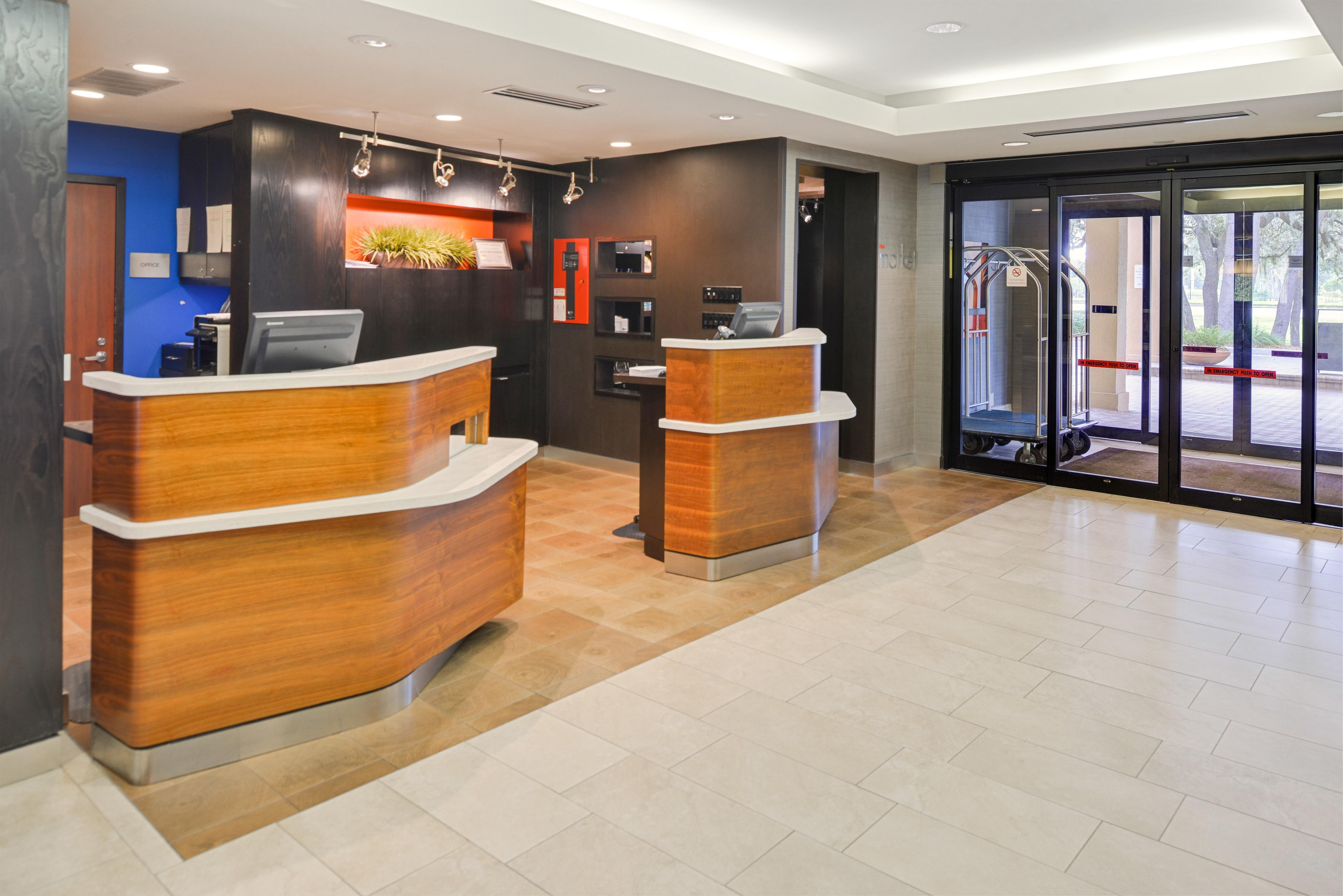Courtyard by Marriott Tampa North/I-75 Fletcher image 16