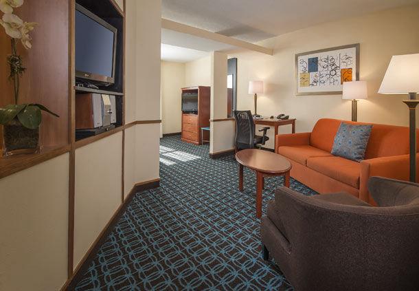 Fairfield Inn & Suites by Marriott Williamsburg image 5