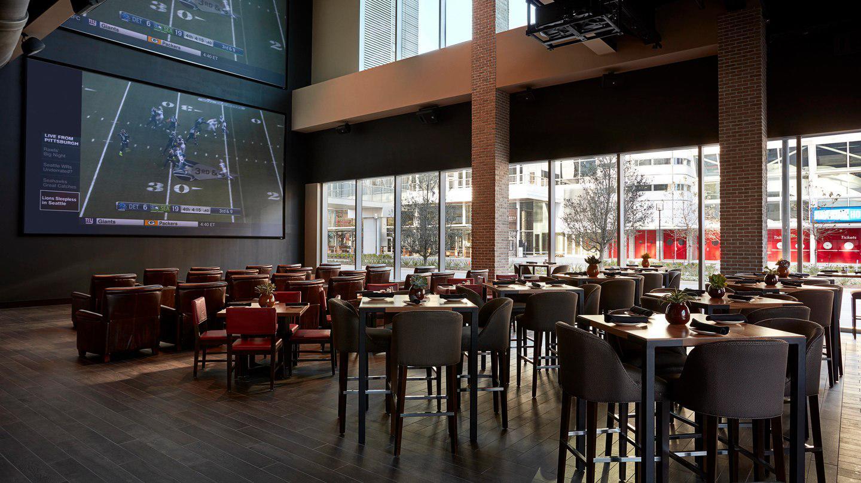 Biggio's Sports Bar image 9