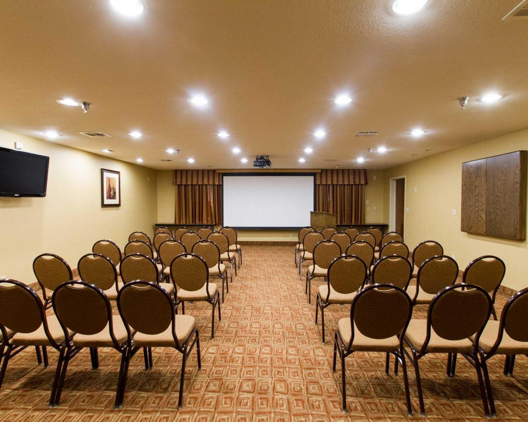 Comfort Suites Phoenix Airport image 9