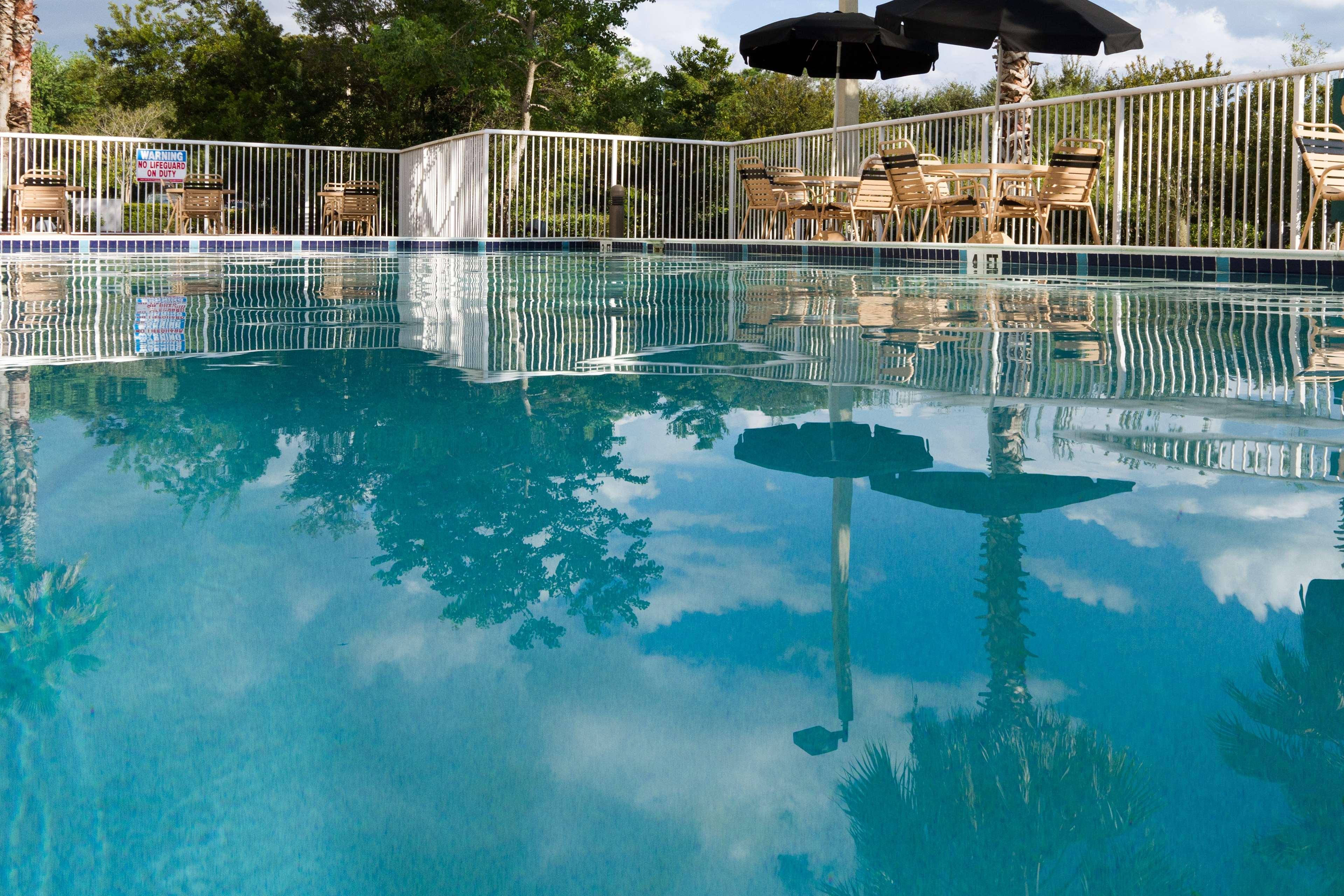 Hilton Garden Inn Jacksonville Airport image 4