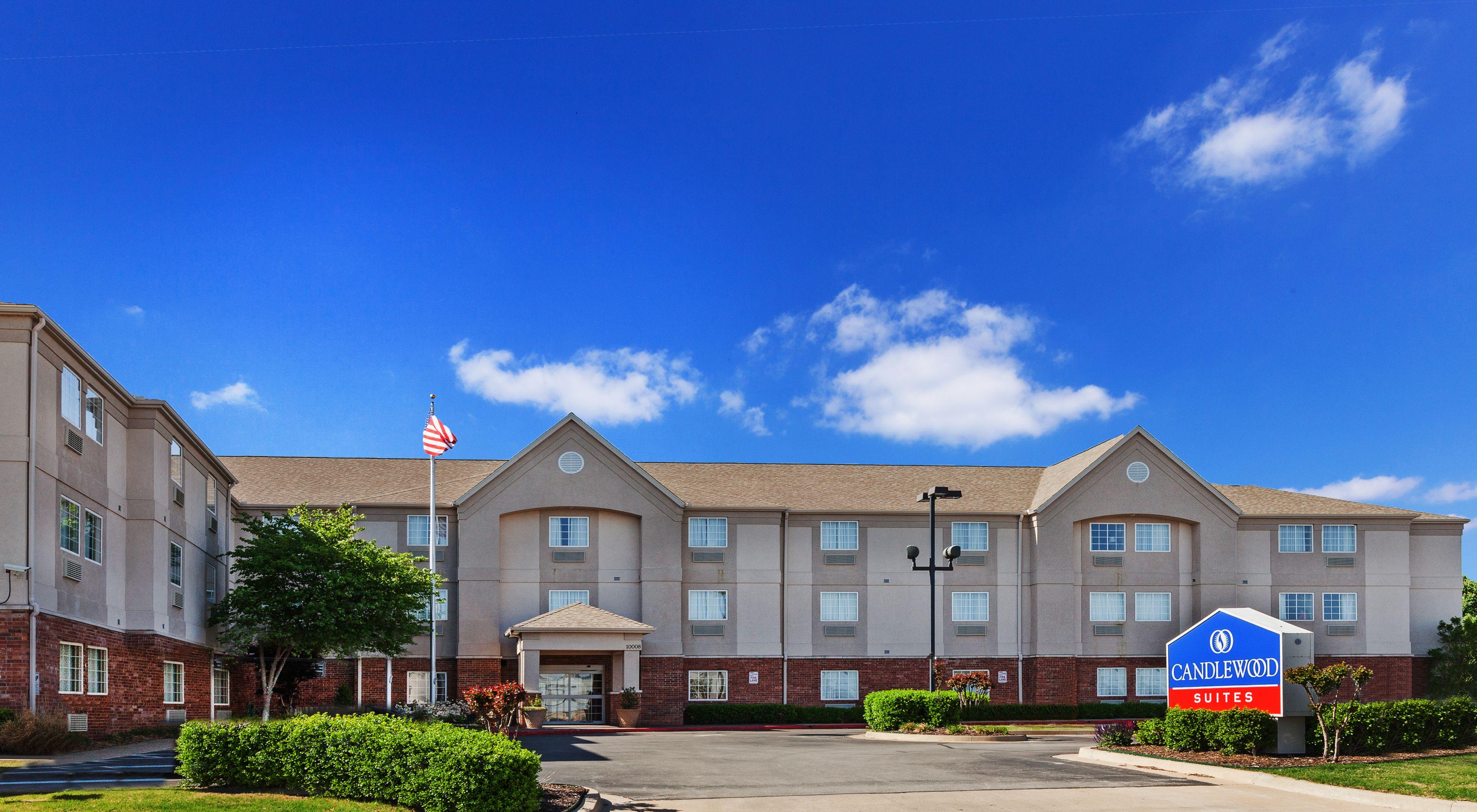Candlewood Suites Terre Haute image 5