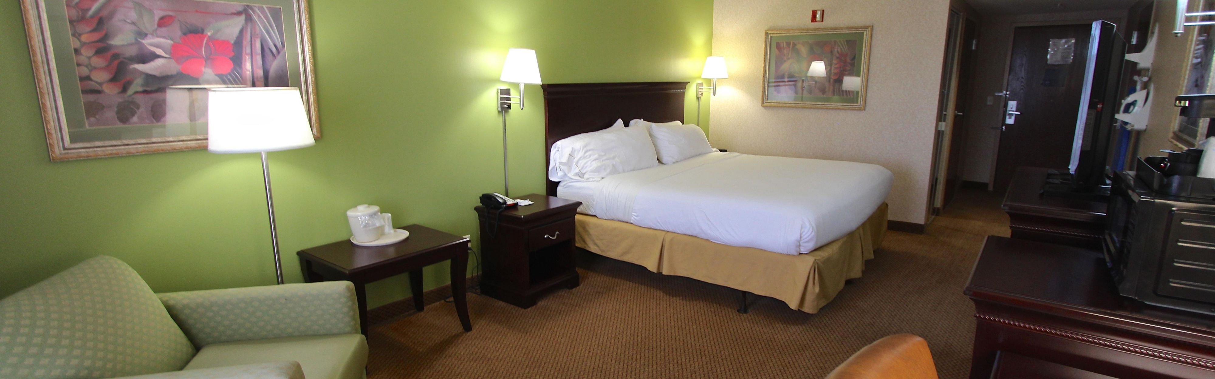 Holiday Inn Express & Suites Findlay image 1