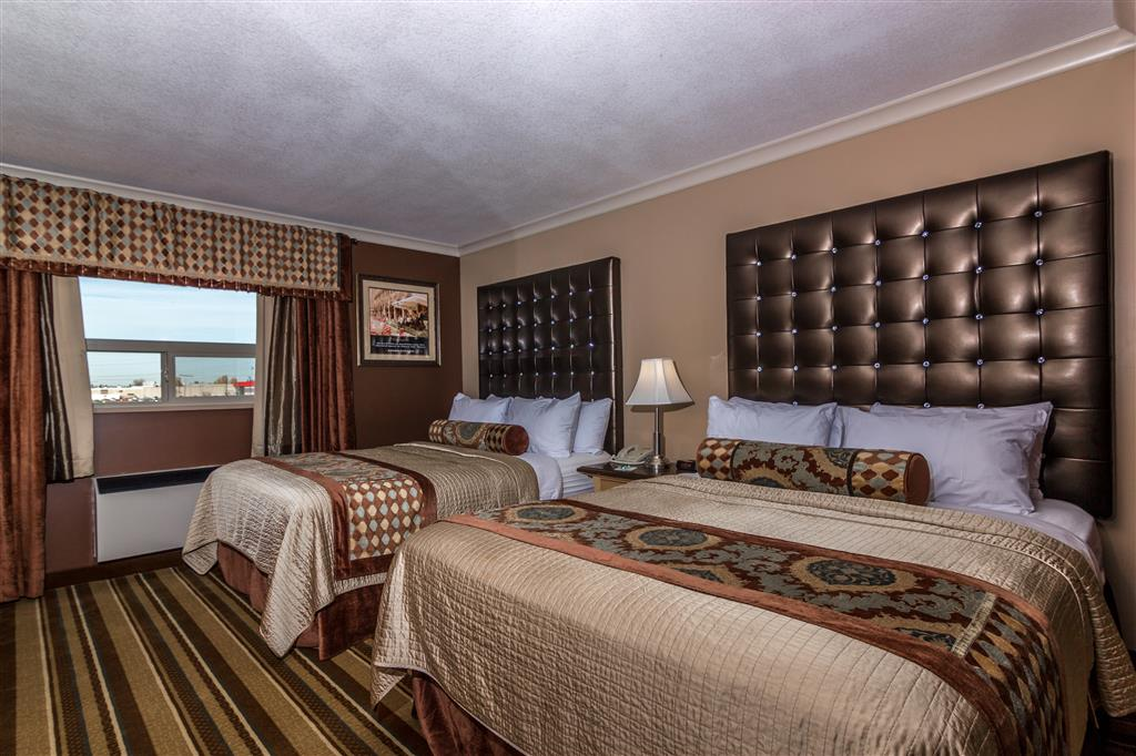 Best Western Marquis Inn & Suites in Prince Albert: Two Queen Suite