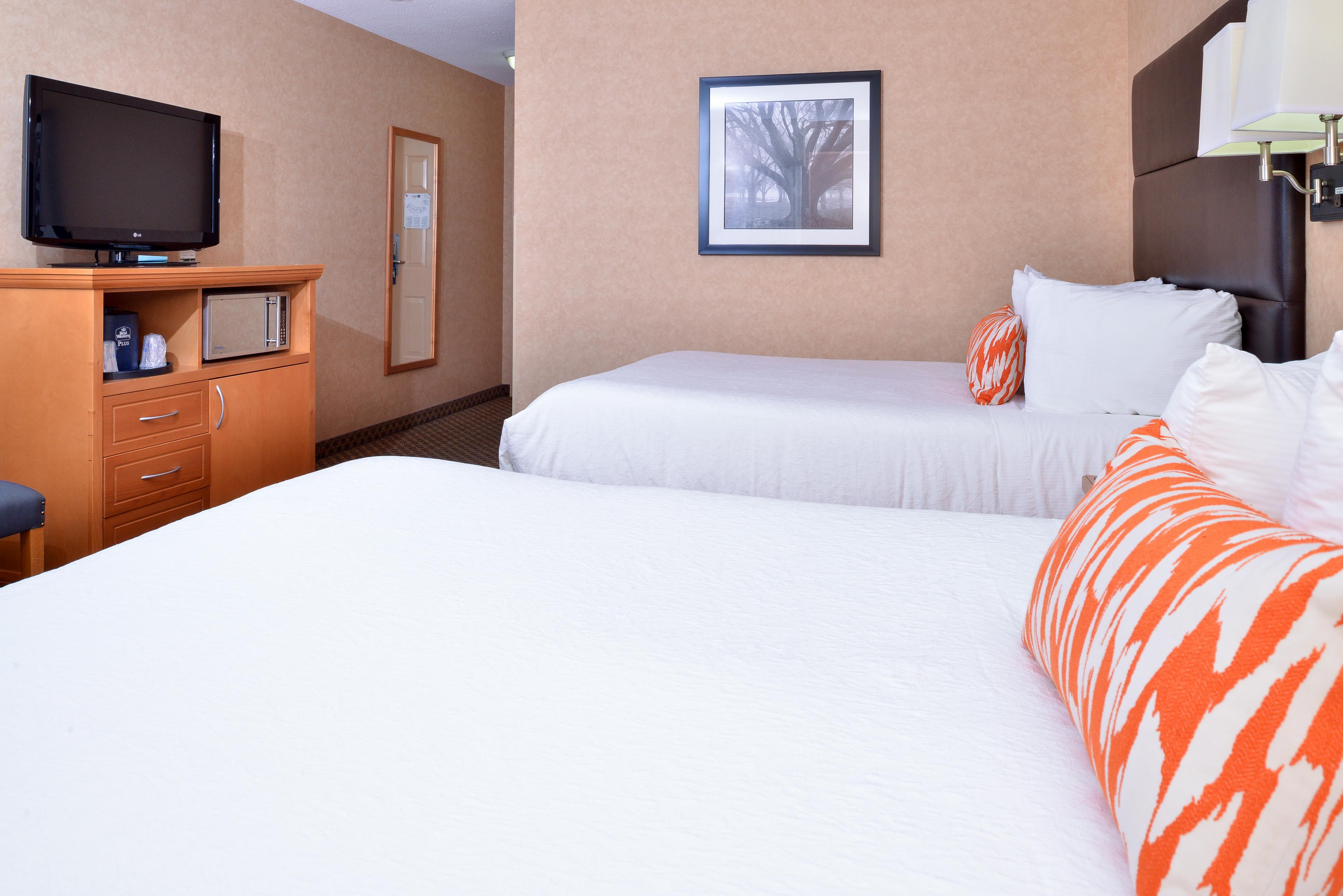 Best Western Plus Regency Inn & Conference Centre in Abbotsford: Two Queen Bed Crown