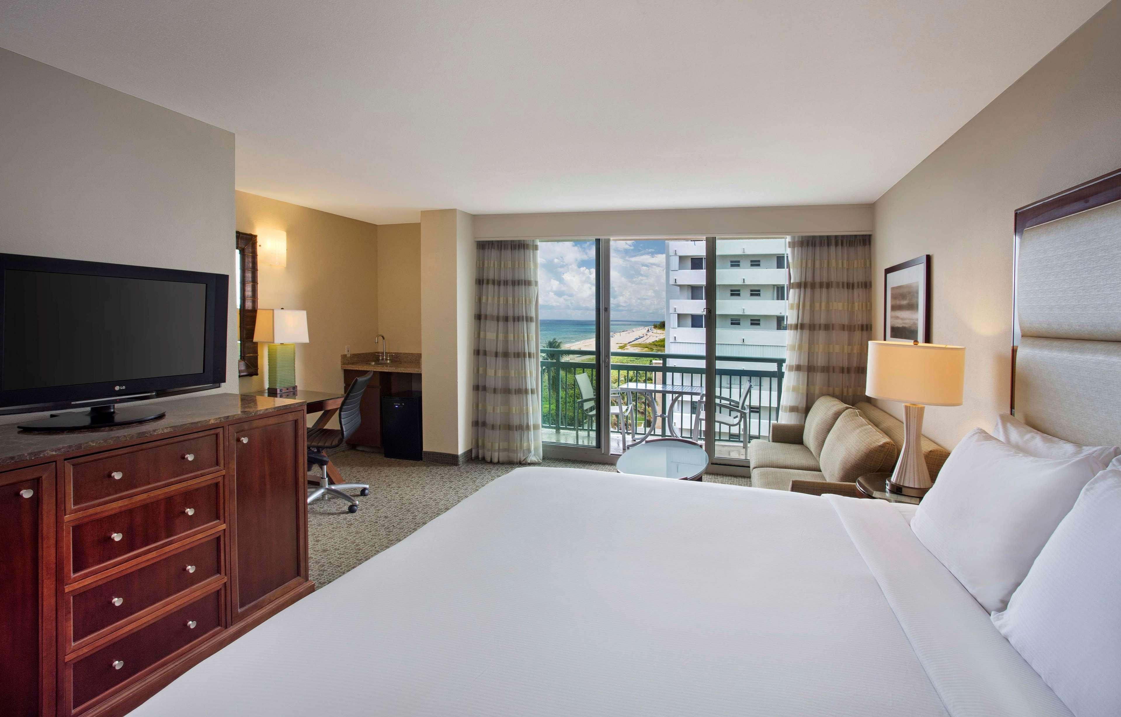 Hilton Singer Island Oceanfront/Palm Beaches Resort image 47