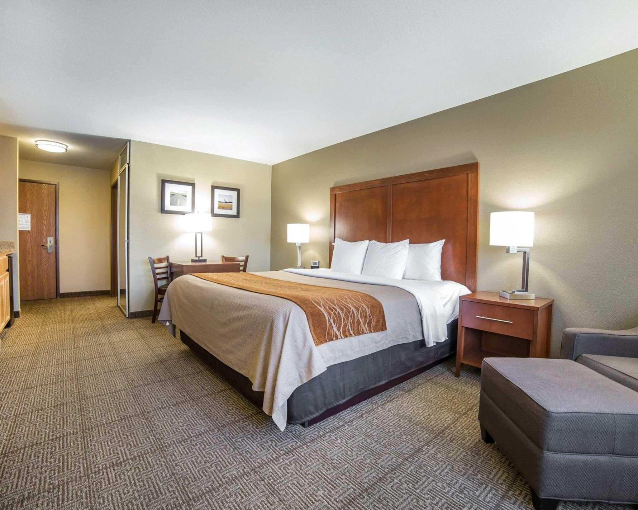 Comfort Inn Evansville-Casper image 15