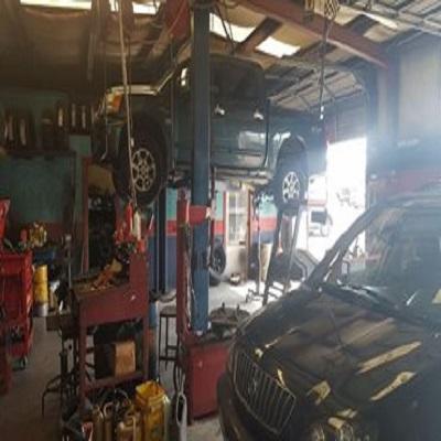 Rob's Auto Repair image 1