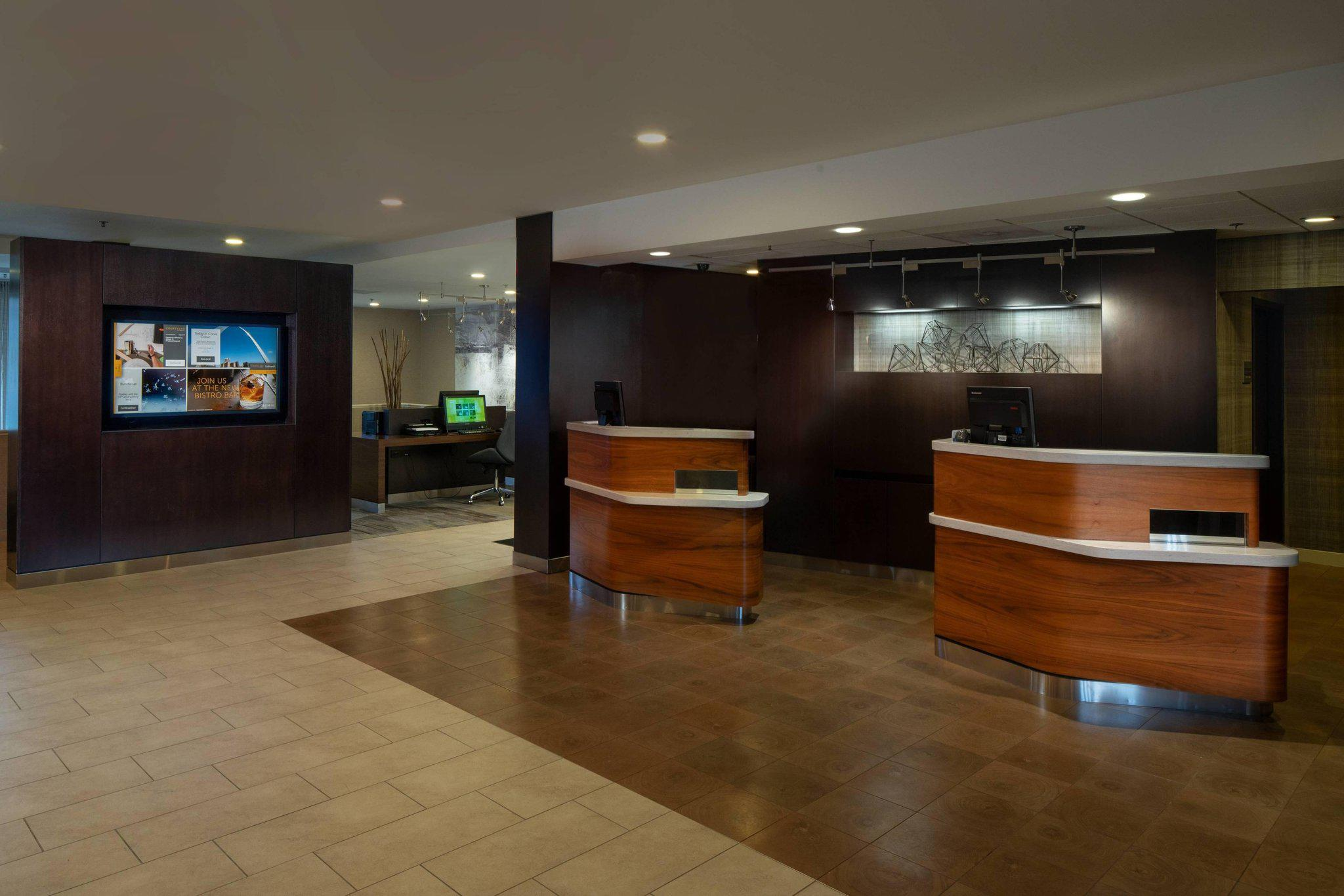 Courtyard by Marriott St. Louis Creve Coeur