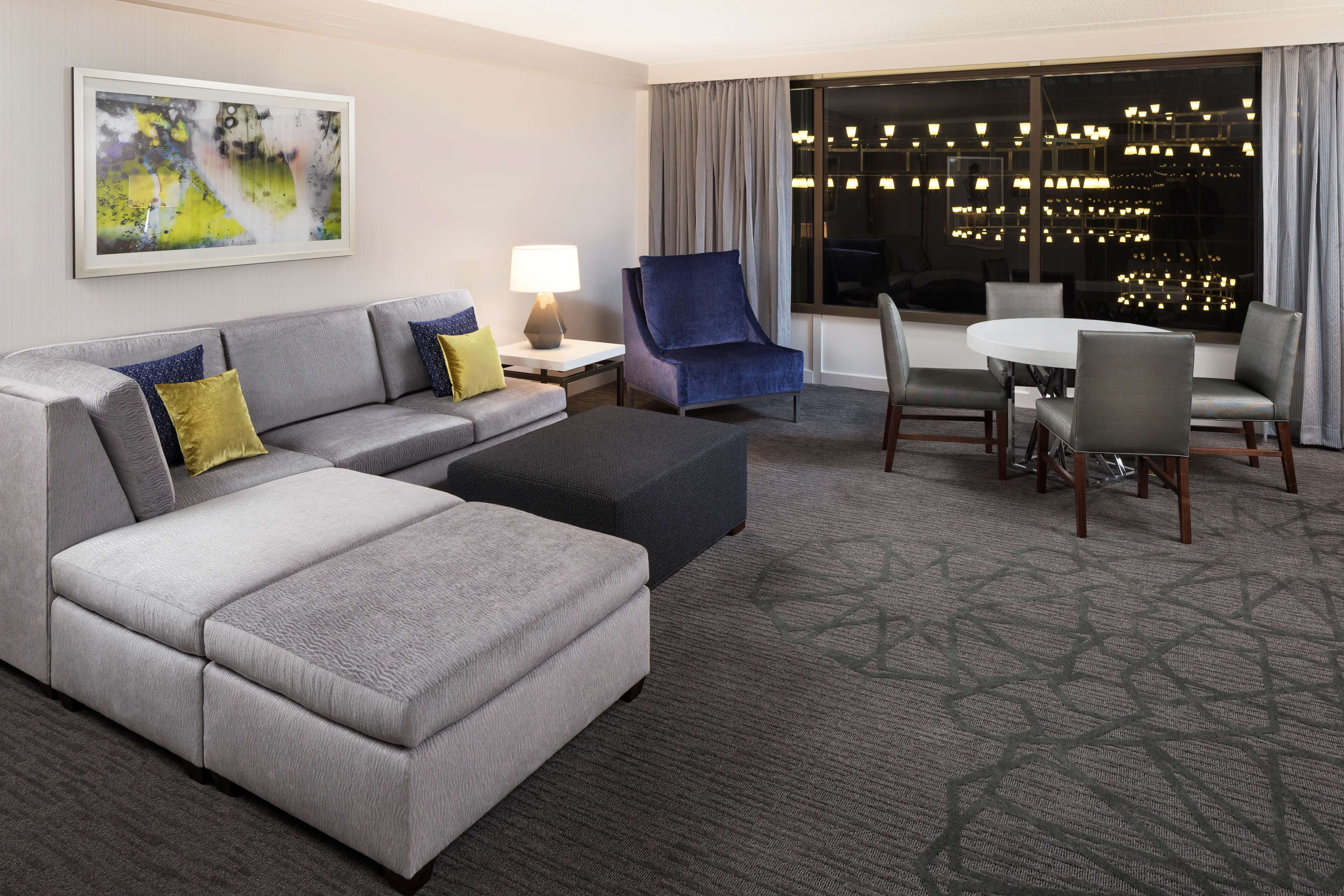 Sheraton Bloomington Hotel image 4