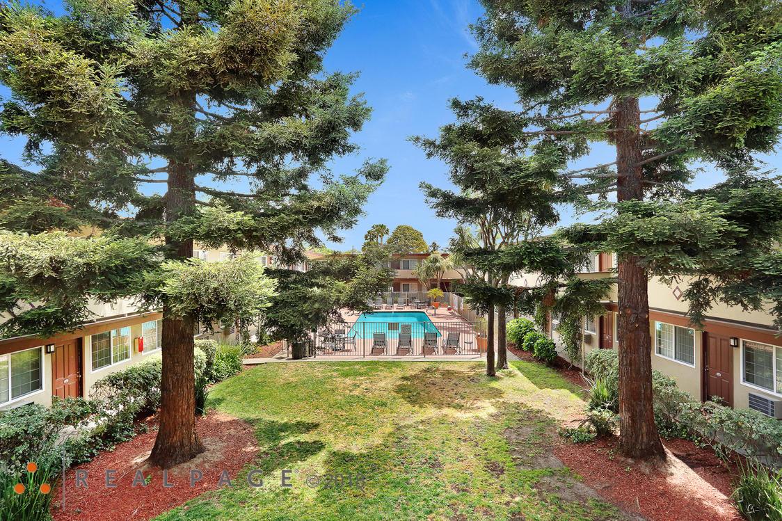 Paseo Gardens Apartments