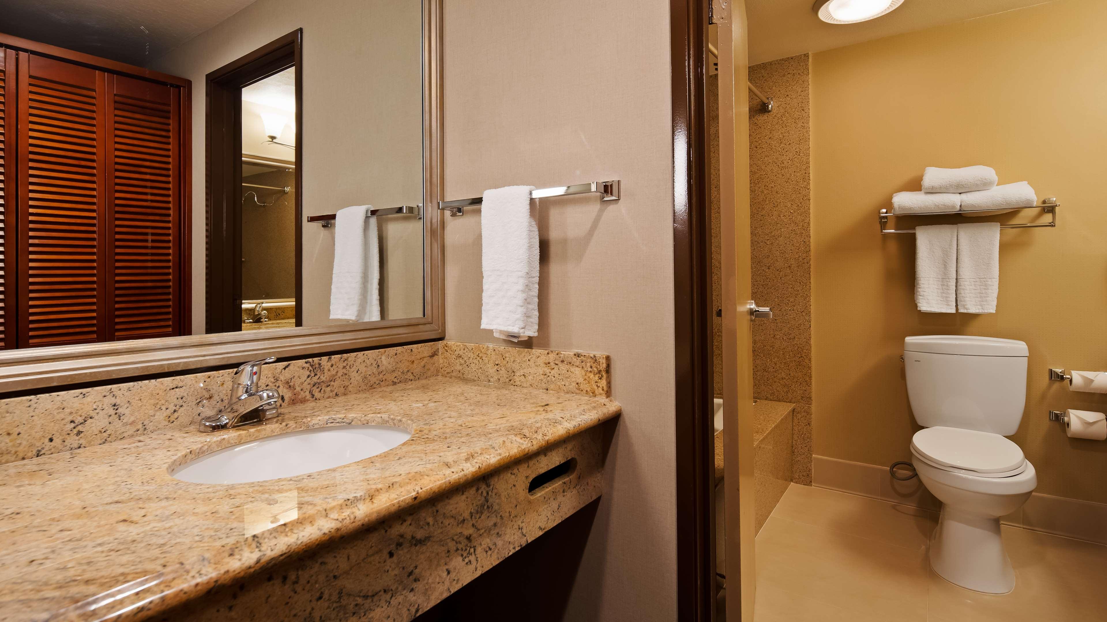 Best Western Plus Newport Mesa Inn image 19