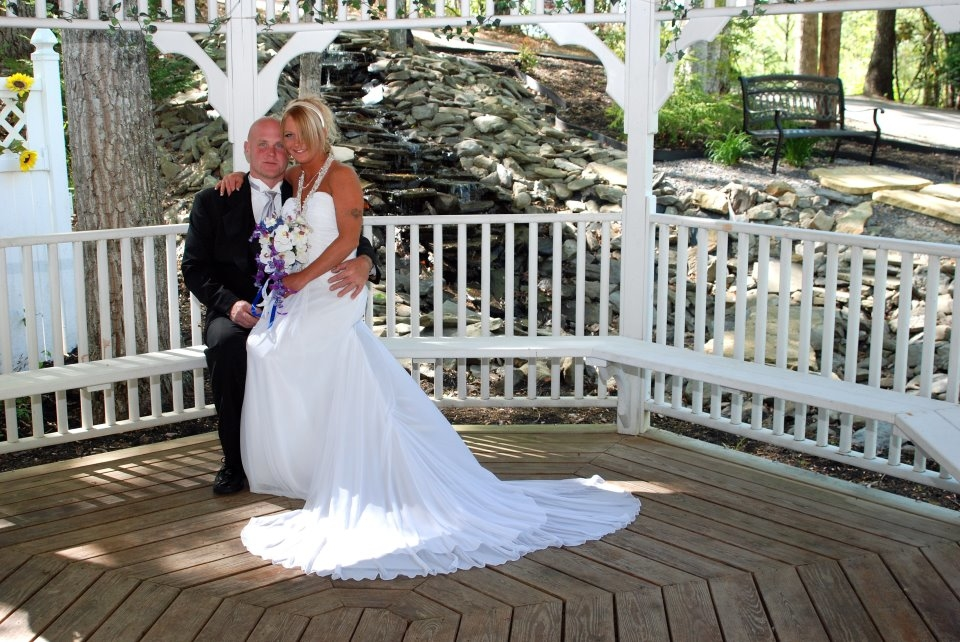 Wedding Chapel at Honeymoon Hills, Gatlinburg Wedding Chapel image 15
