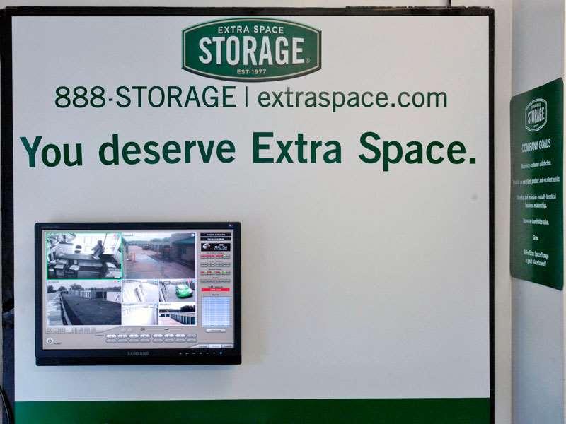 Extra E Storage 1204 28th St Se Grand Rapids Mi Warehouses Merchandise Self Mapquest