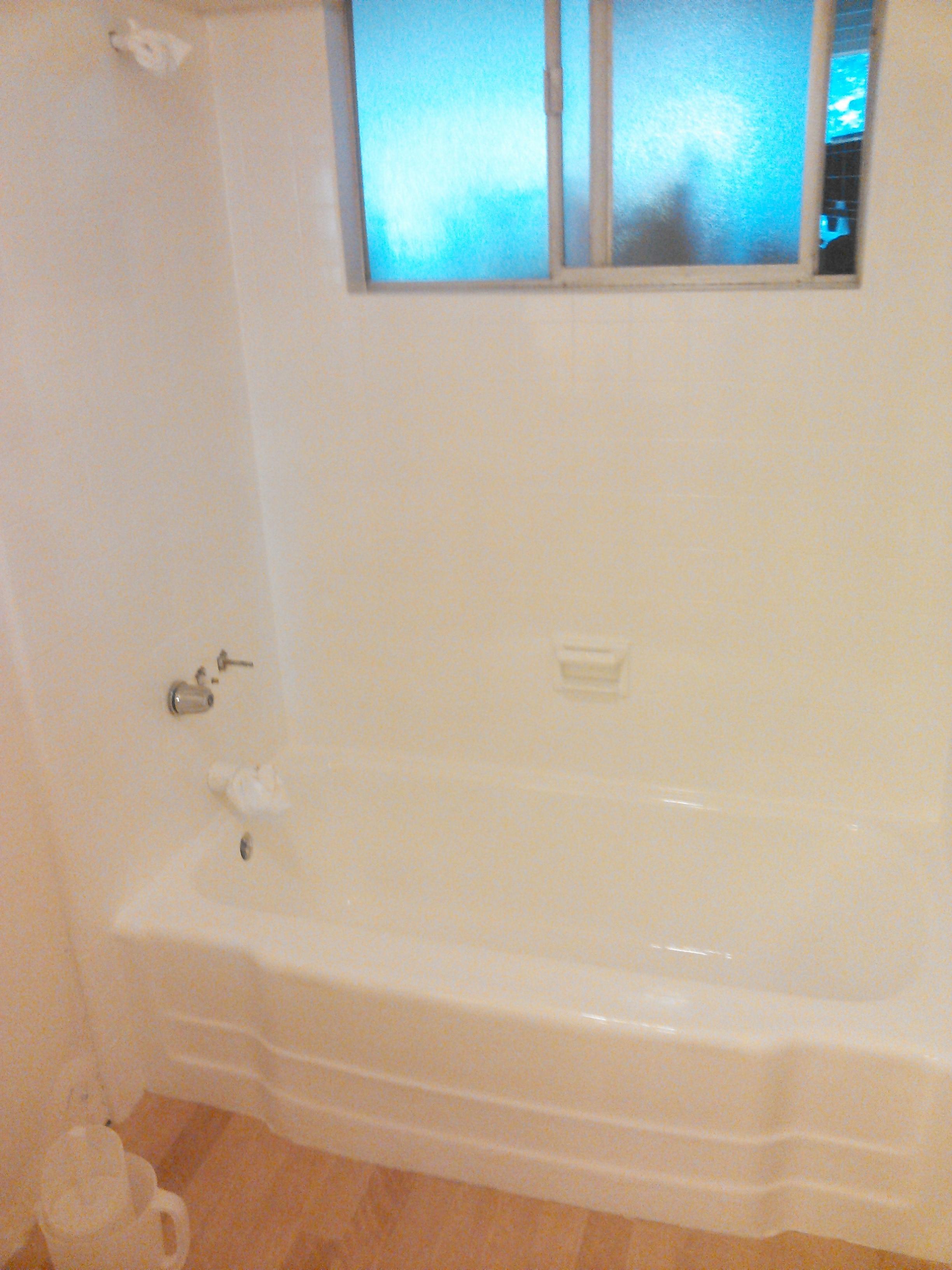 Bathtubs and Sinks Refinishing Inc. image 1