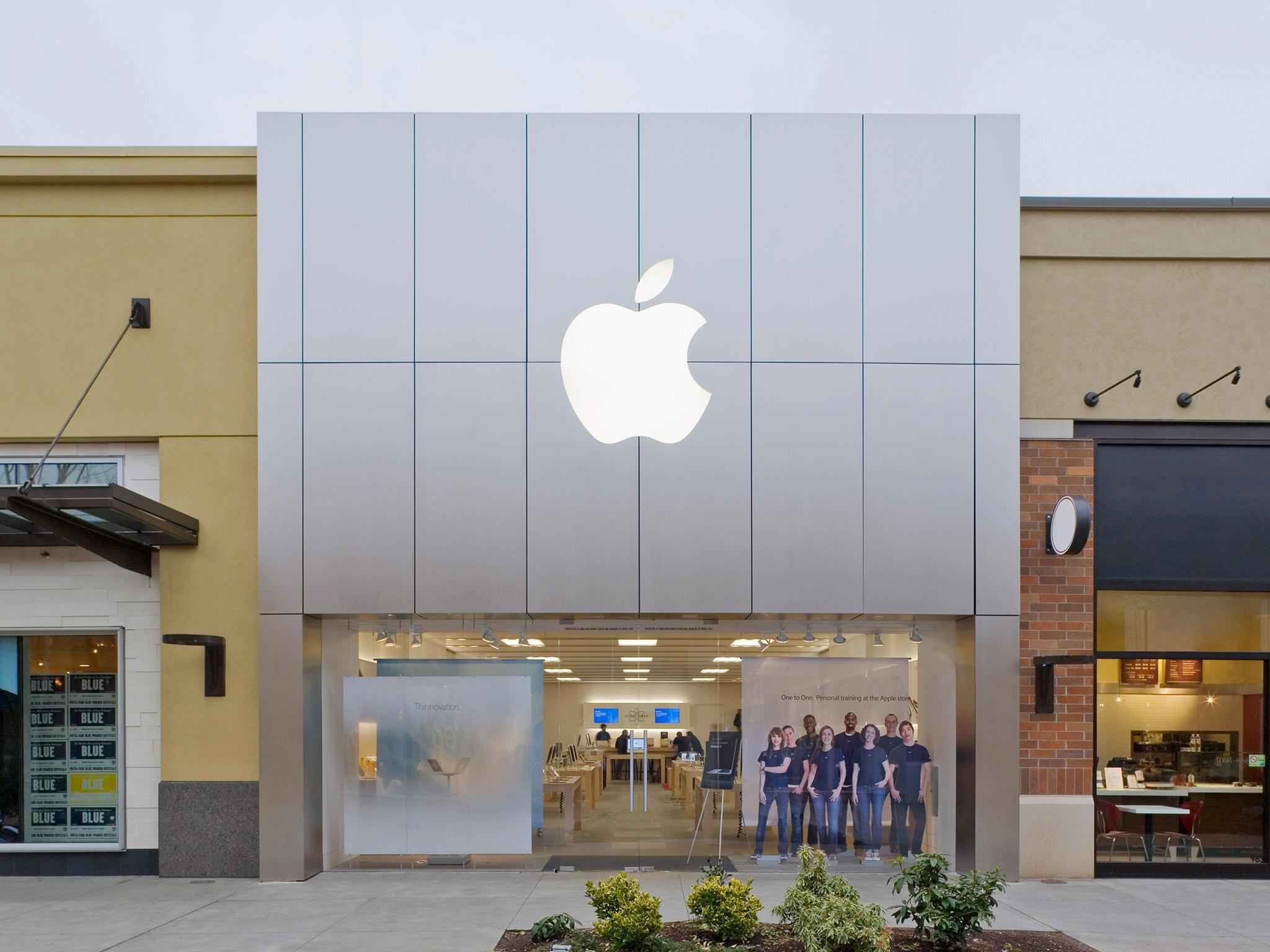 Apple Alderwood Mall image 0
