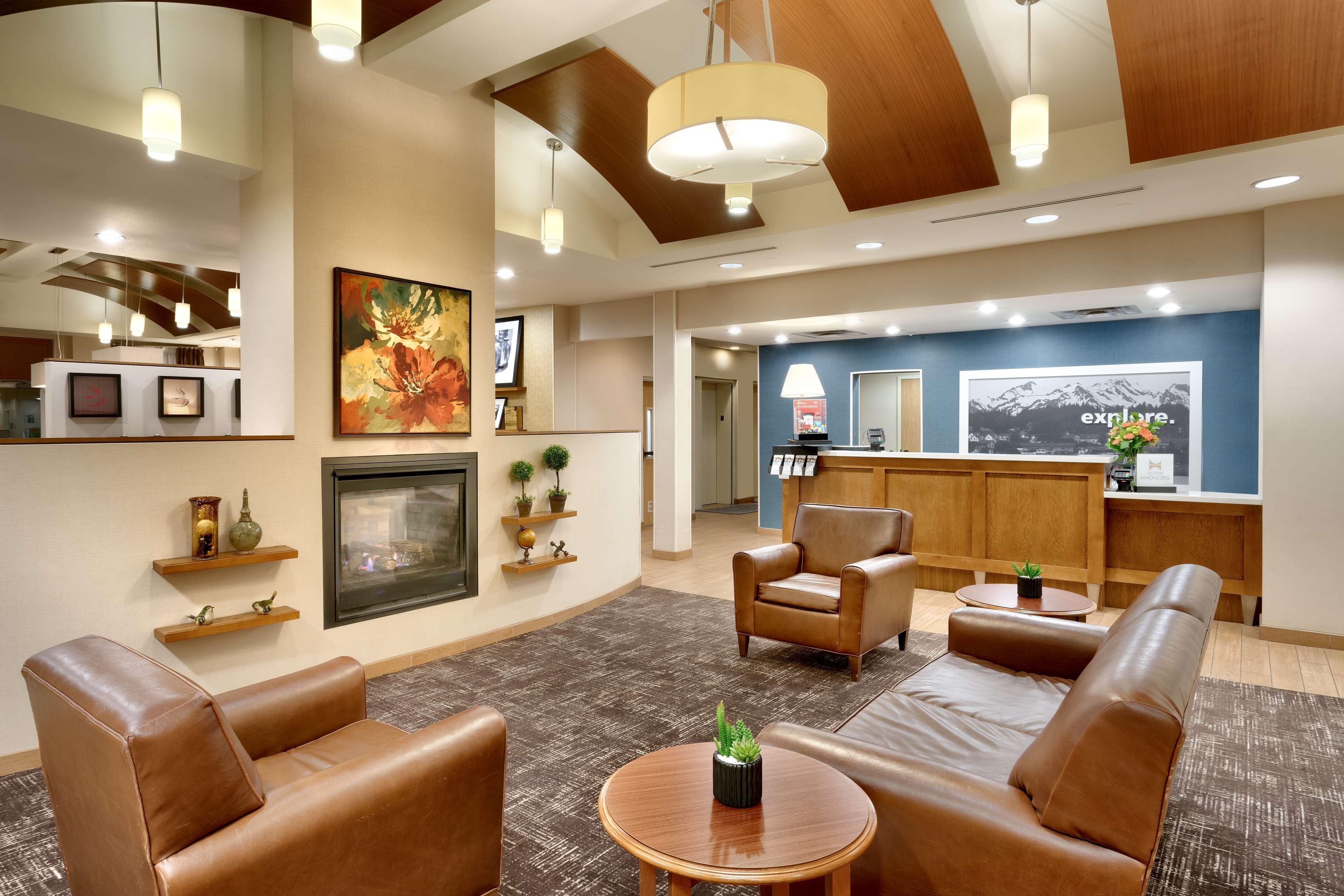Hampton Inn & Suites Orem image 4
