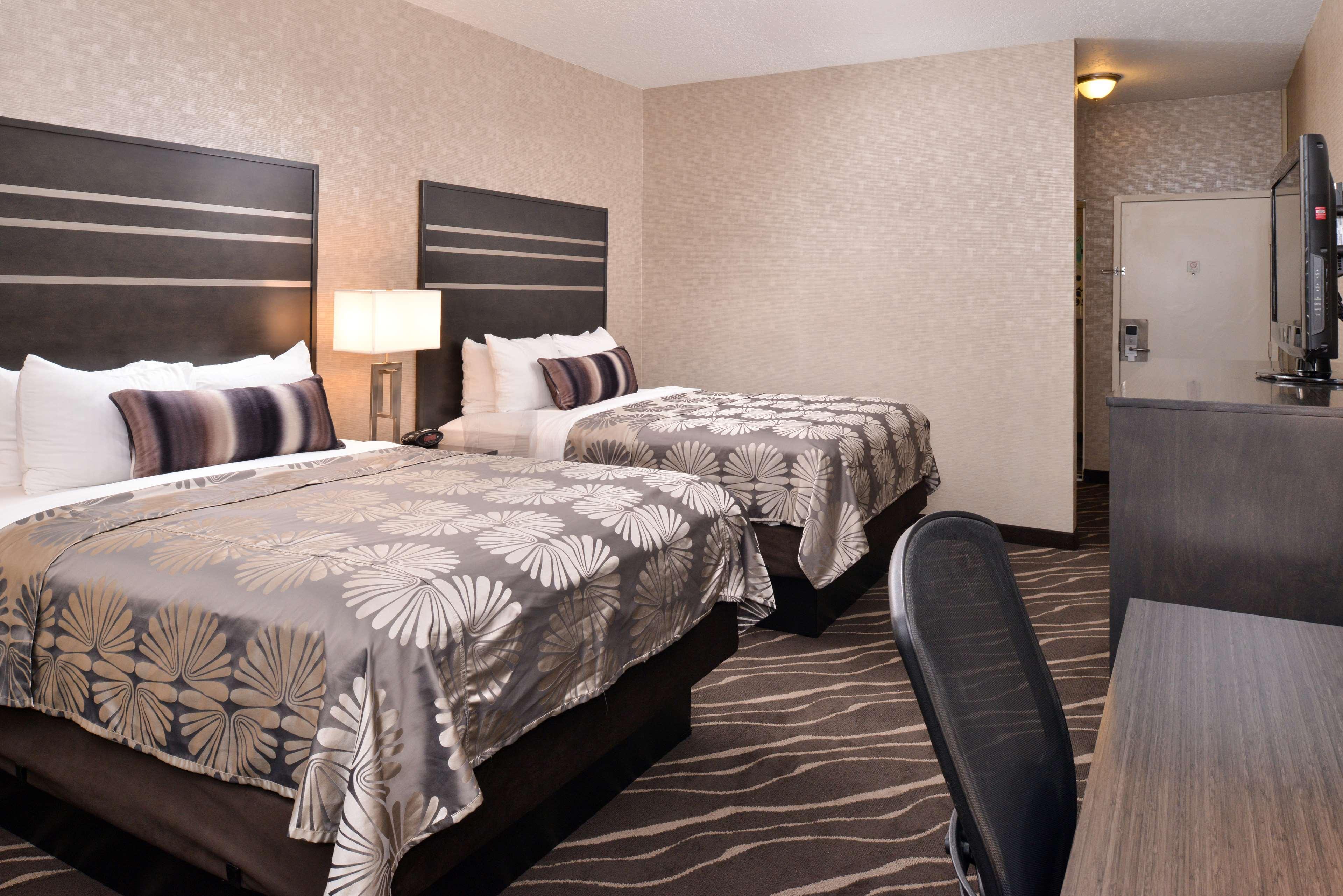 Best Western Plus Park Place Inn - Mini Suites image 24