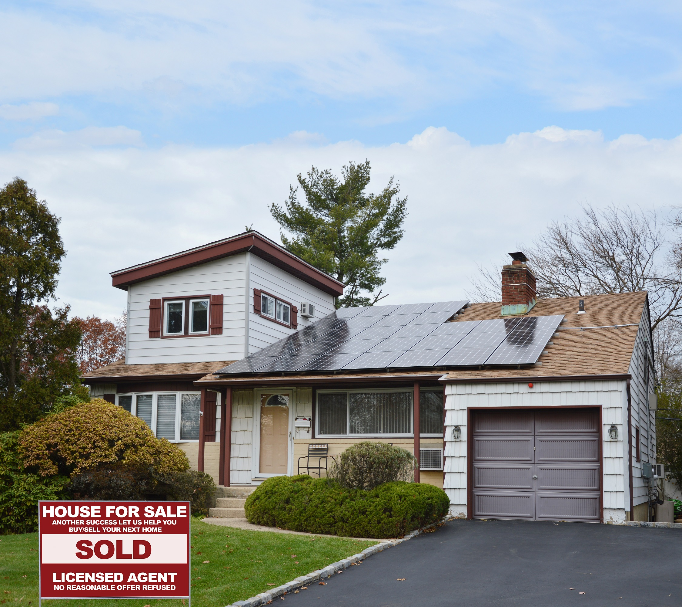 Jay Fontaine of the Fontaine Realty Team - RE/MAX Home Sale Services image 5