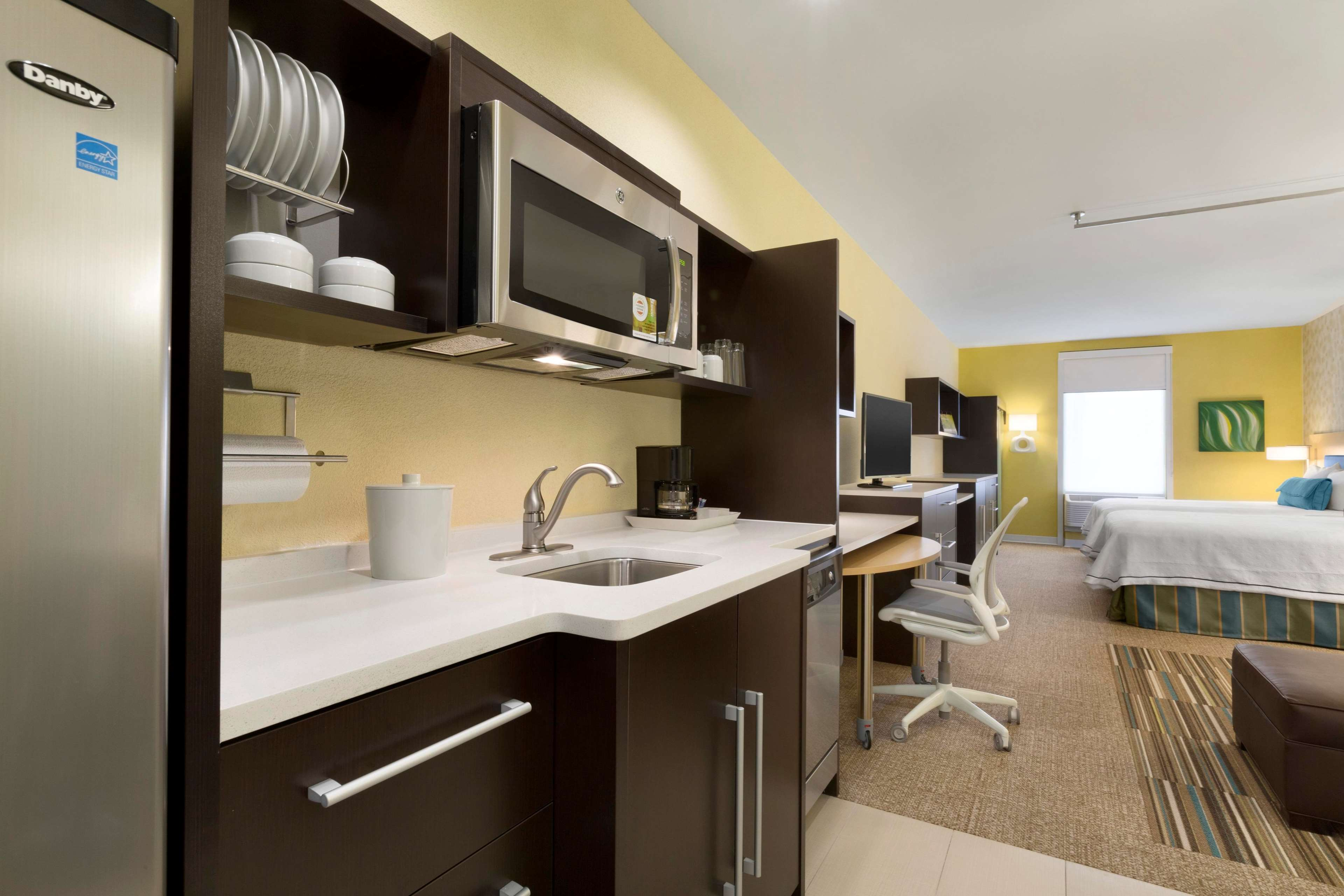 Home2 Suites by Hilton Houston Pasadena image 14