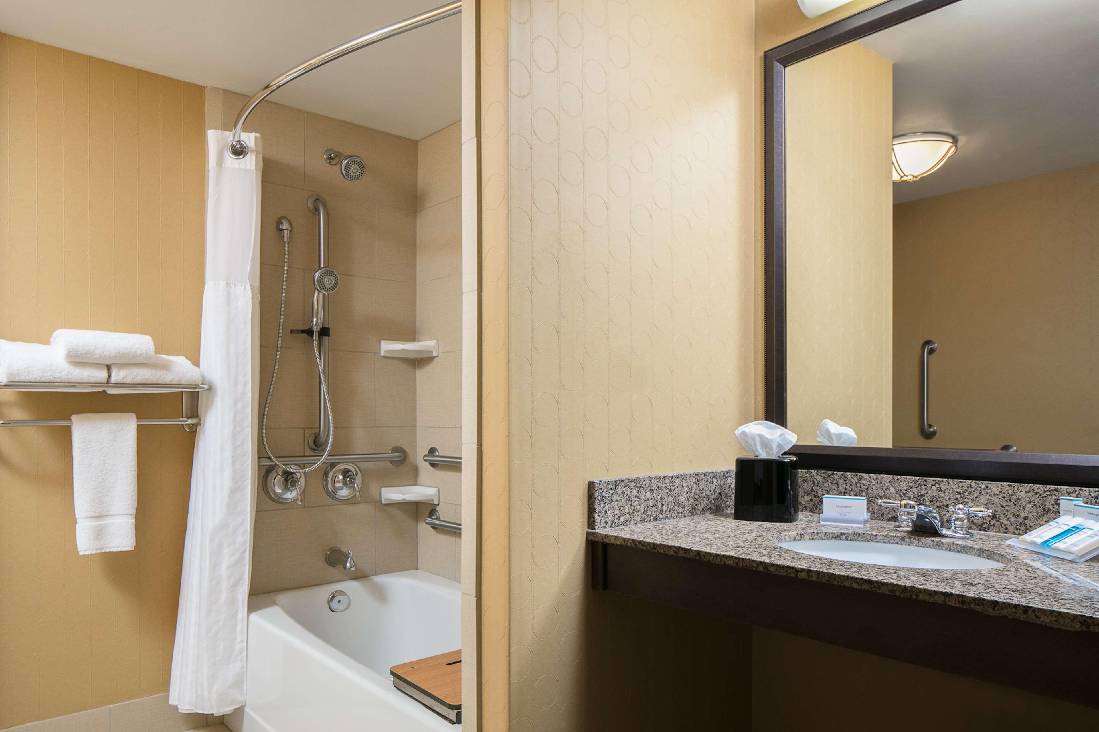 Hilton Garden Inn Manhattan image 9