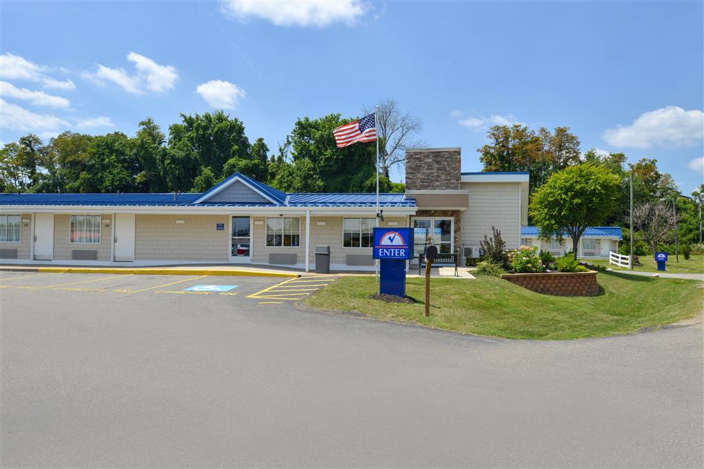 Americas Best Value Inn - St. Clairsville/Wheeling image 2